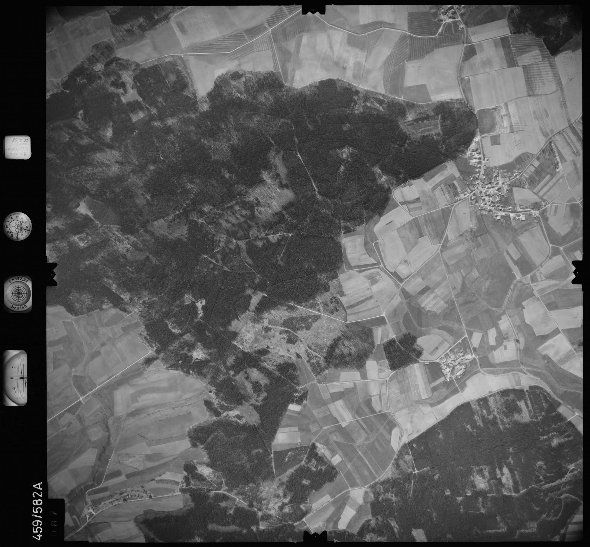 Luftbild: Film 105 Bildnr. 87, Bild 1