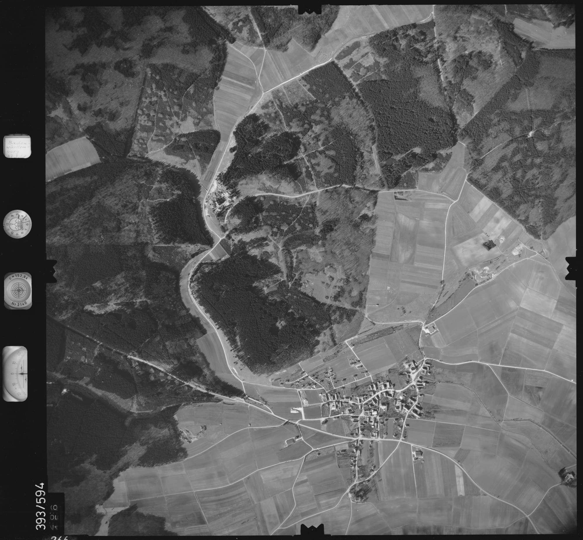 Luftbild: Film 24 Bildnr. 266, Bild 1