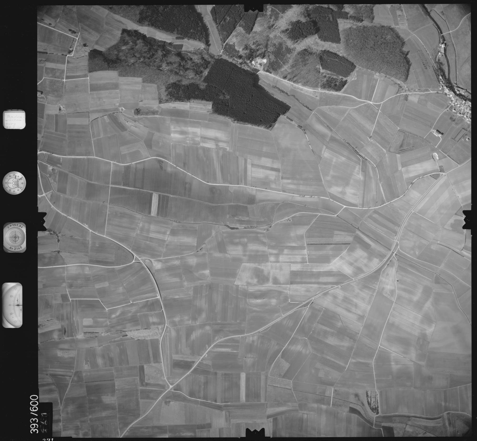 Luftbild: Film 24 Bildnr. 271, Bild 1