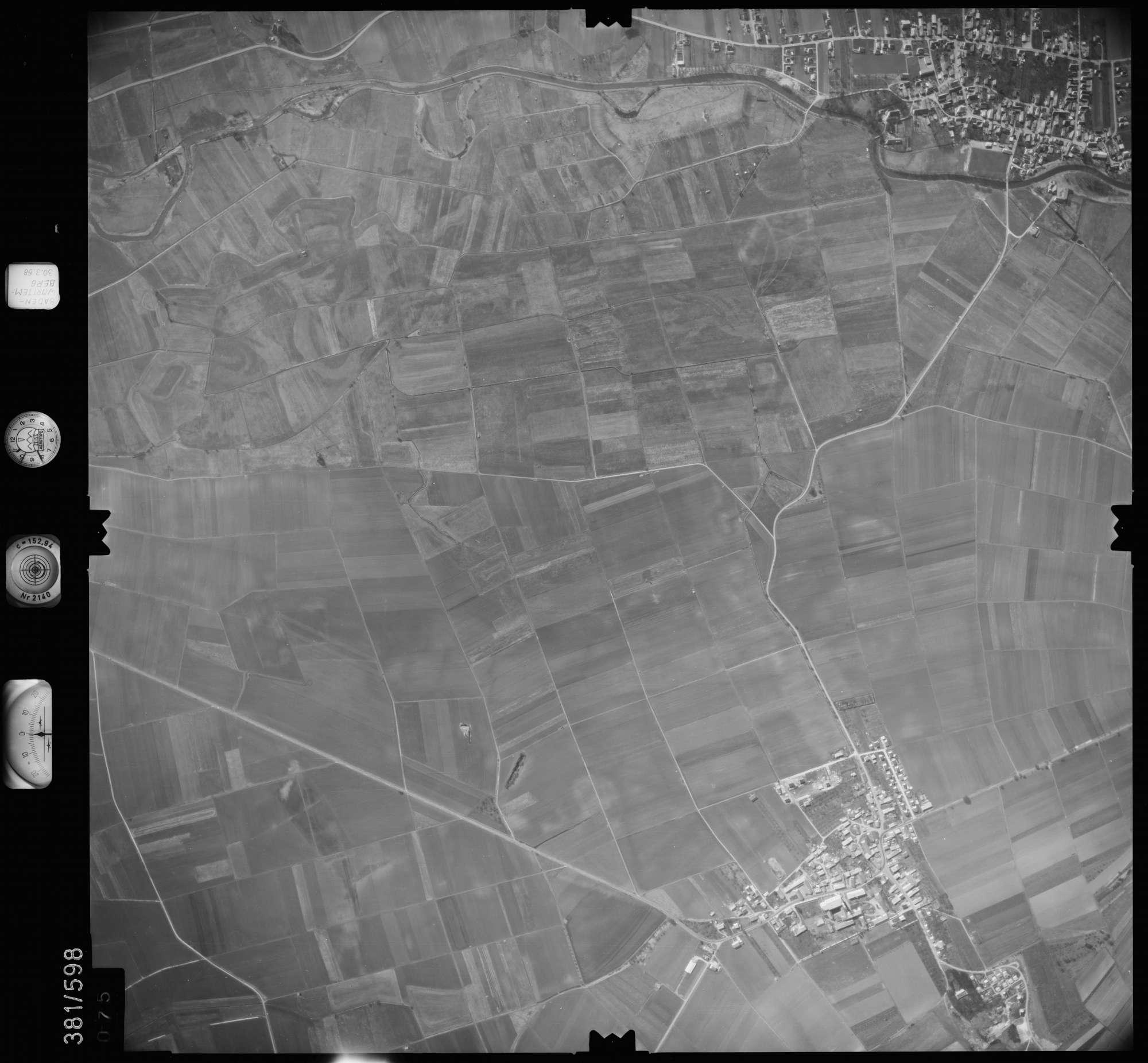 Luftbild: Film 27 Bildnr. 75, Bild 1