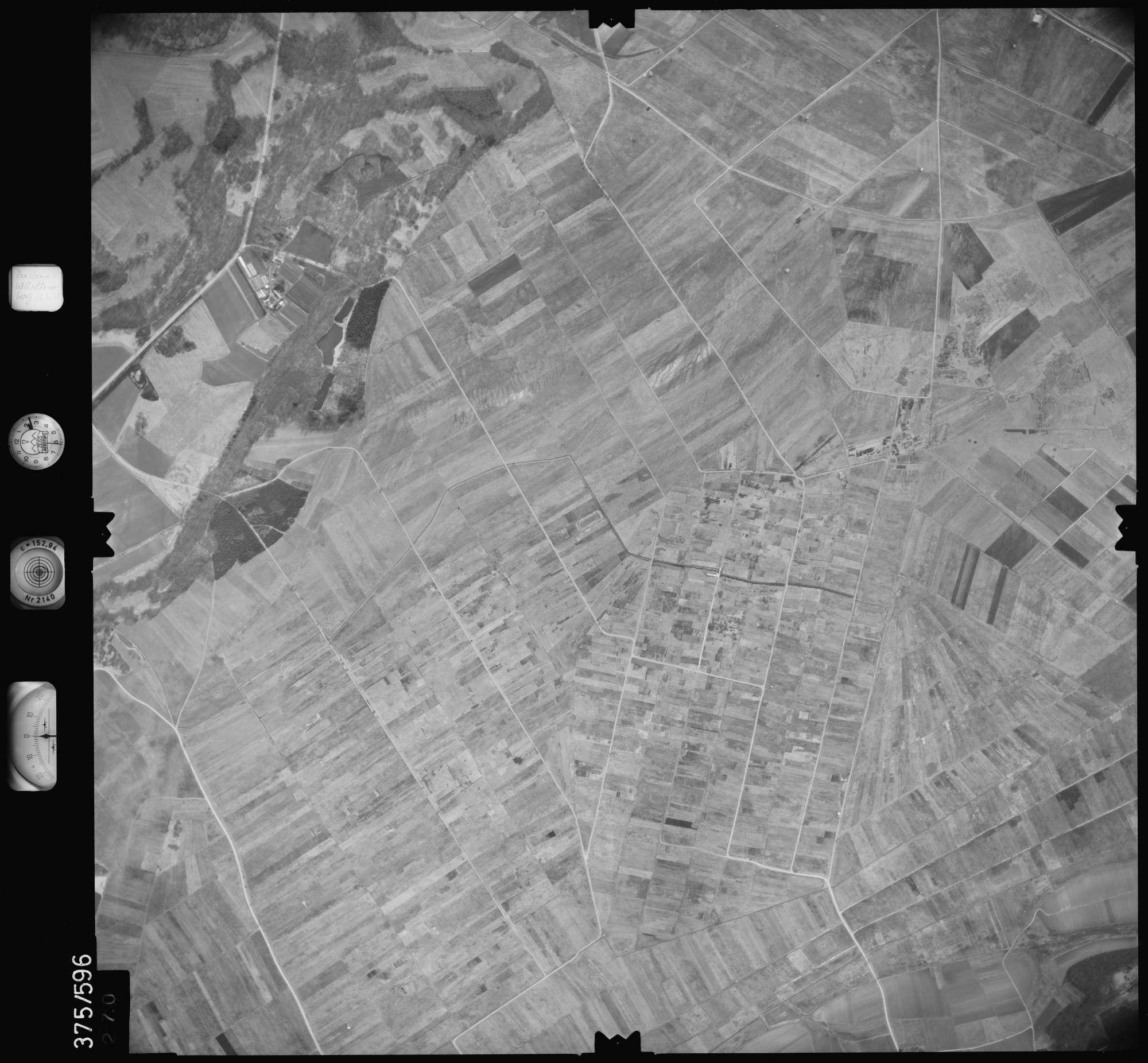 Luftbild: Film 35 Bildnr. 270, Bild 1