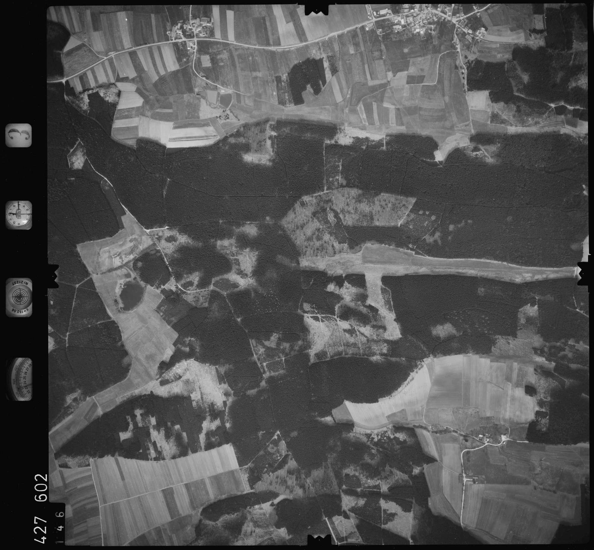 Luftbild: Film 3 Bildnr. 146, Bild 1