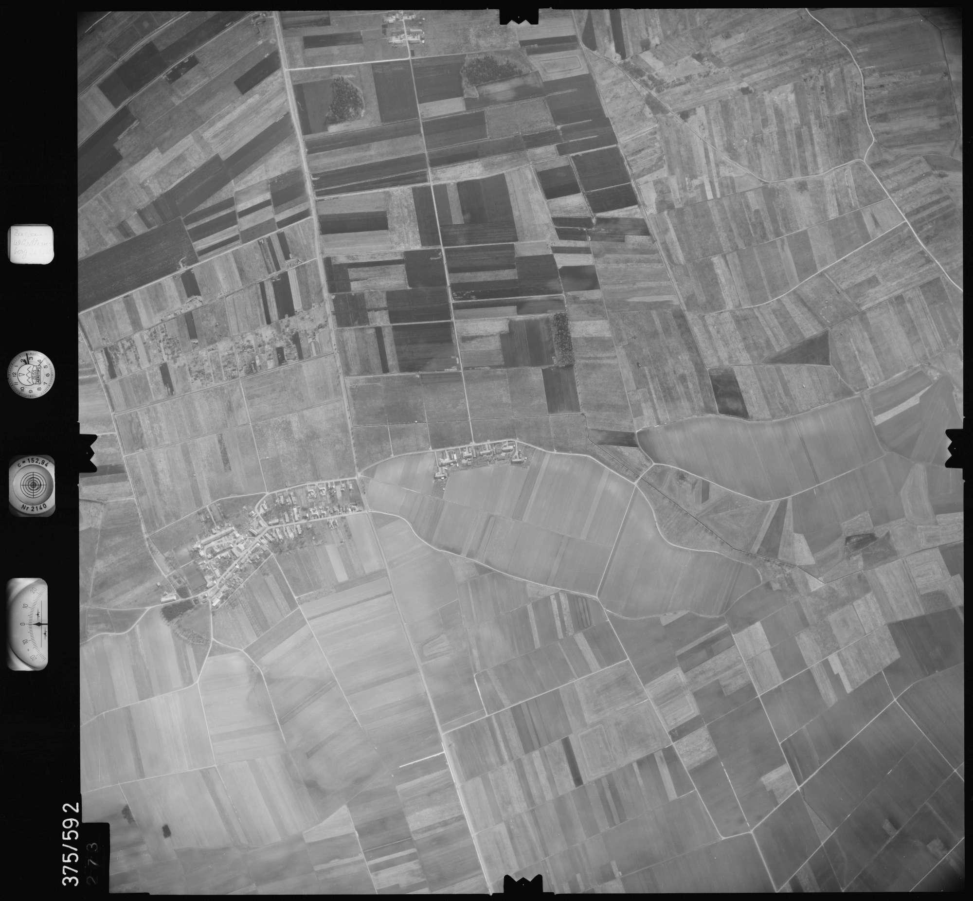 Luftbild: Film 35 Bildnr. 273, Bild 1