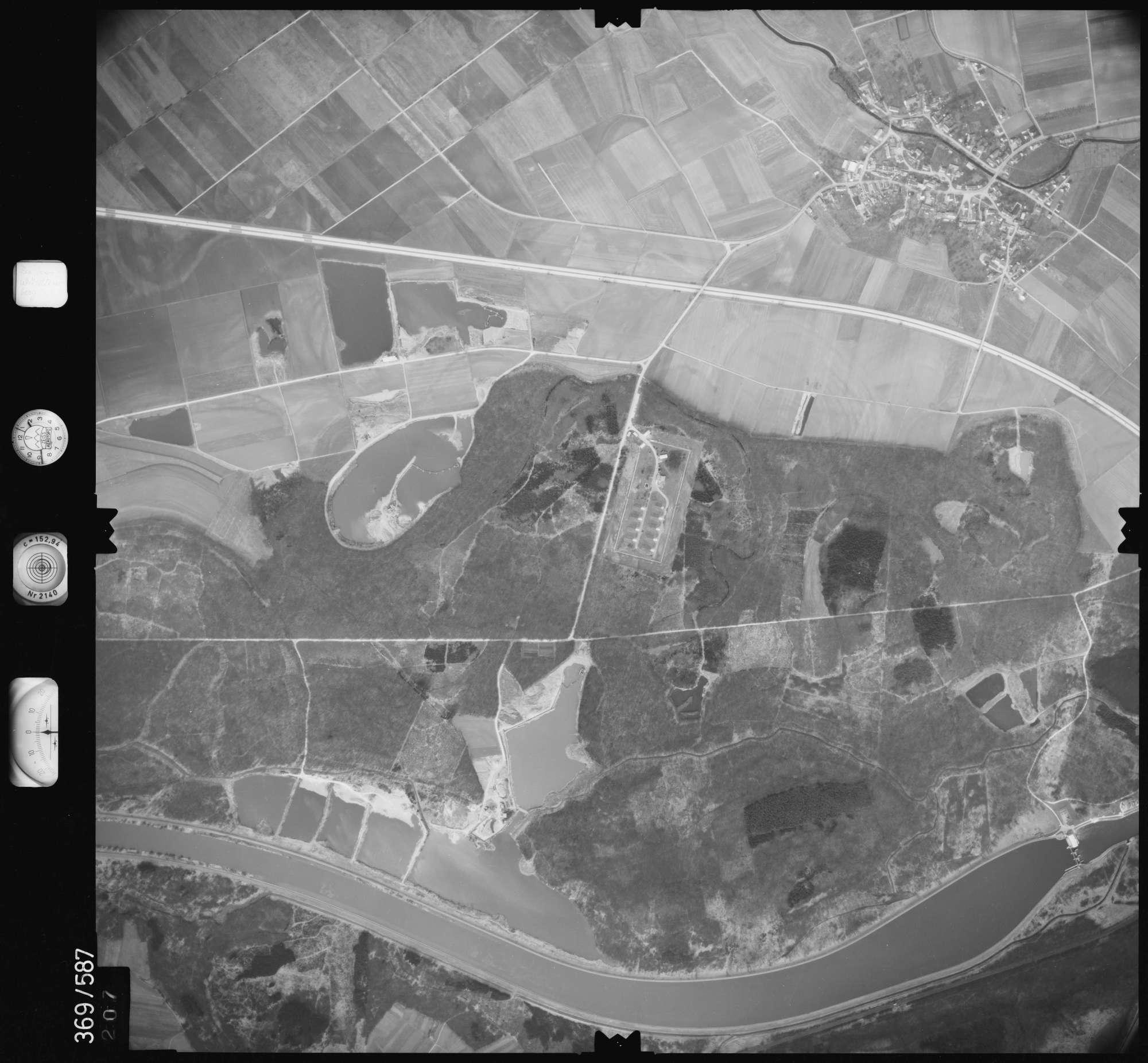 Luftbild: Film XXX Bildnr. 207, Bild 1