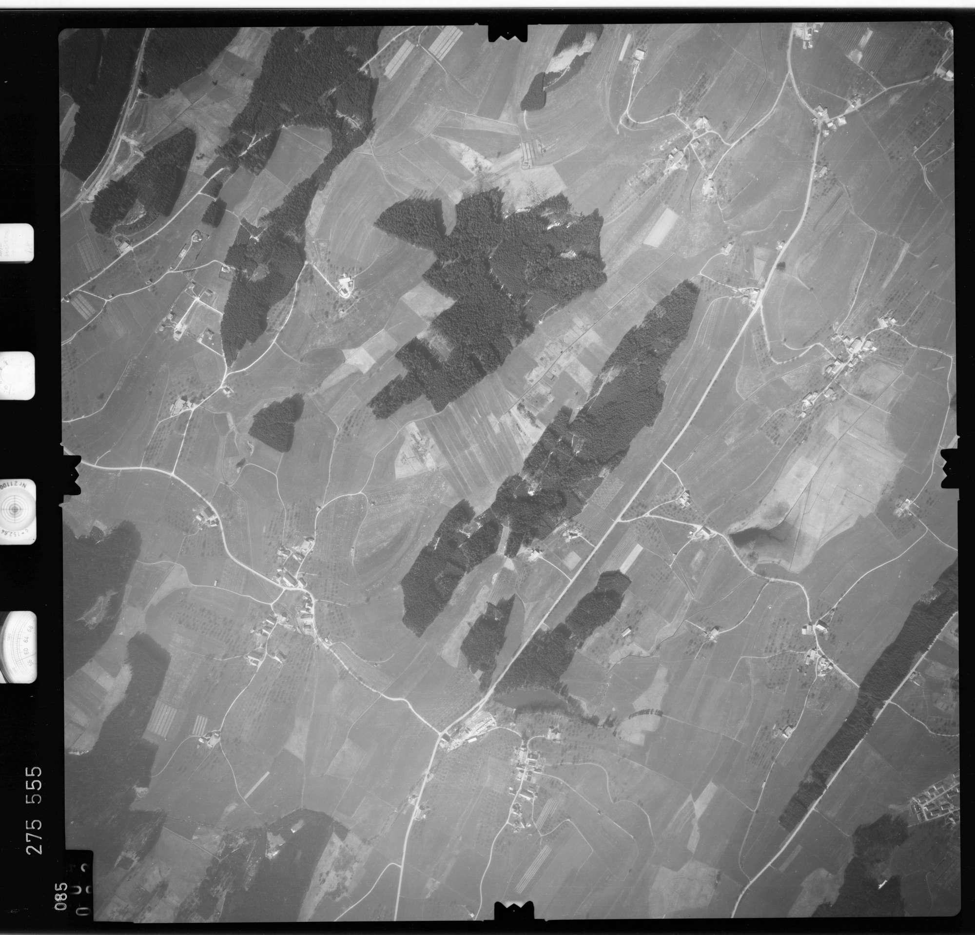 Luftbild: Film 74 Bildnr. 85, Bild 1