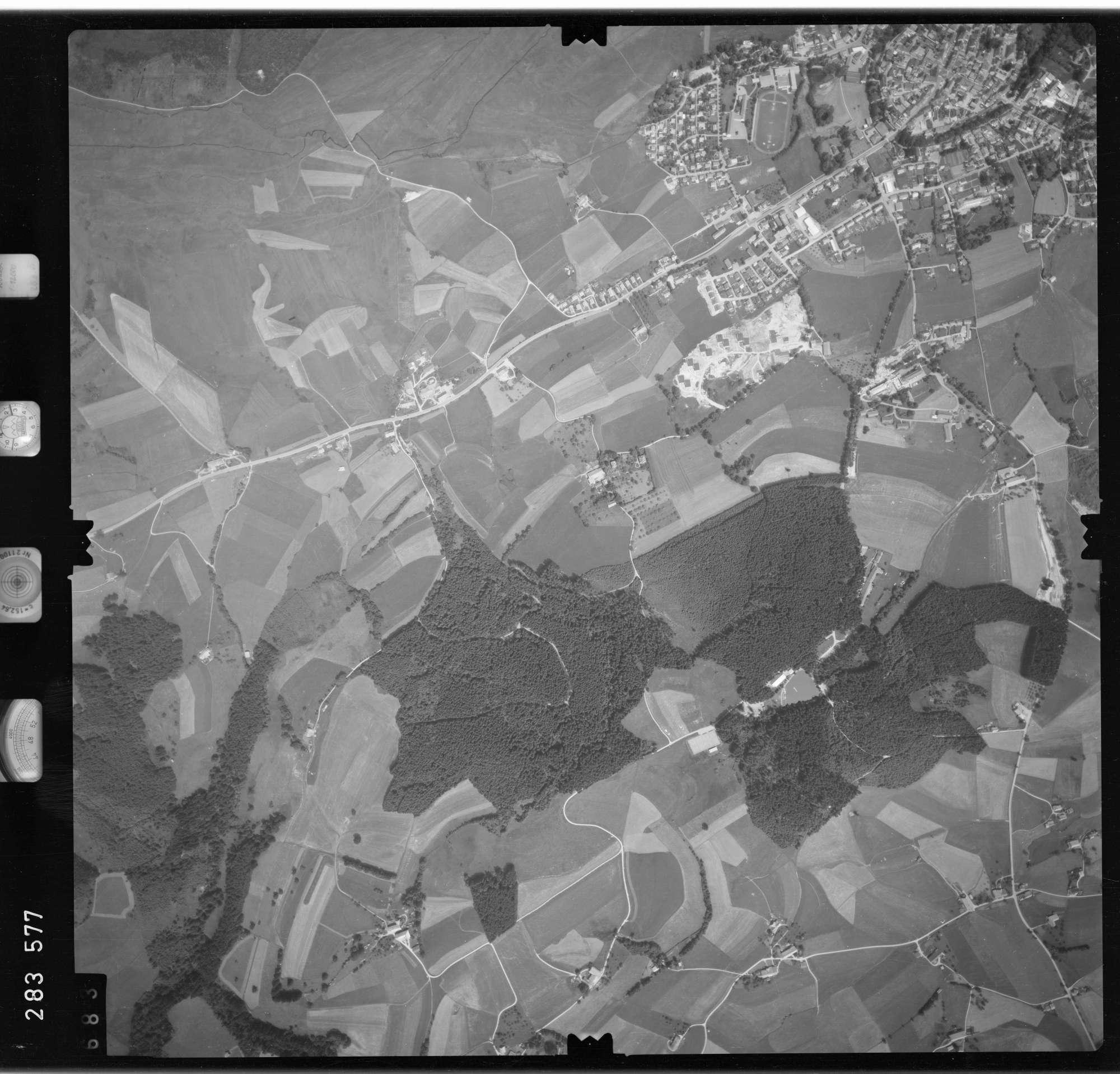 Luftbild: Film 76 Bildnr. 683, Bild 1