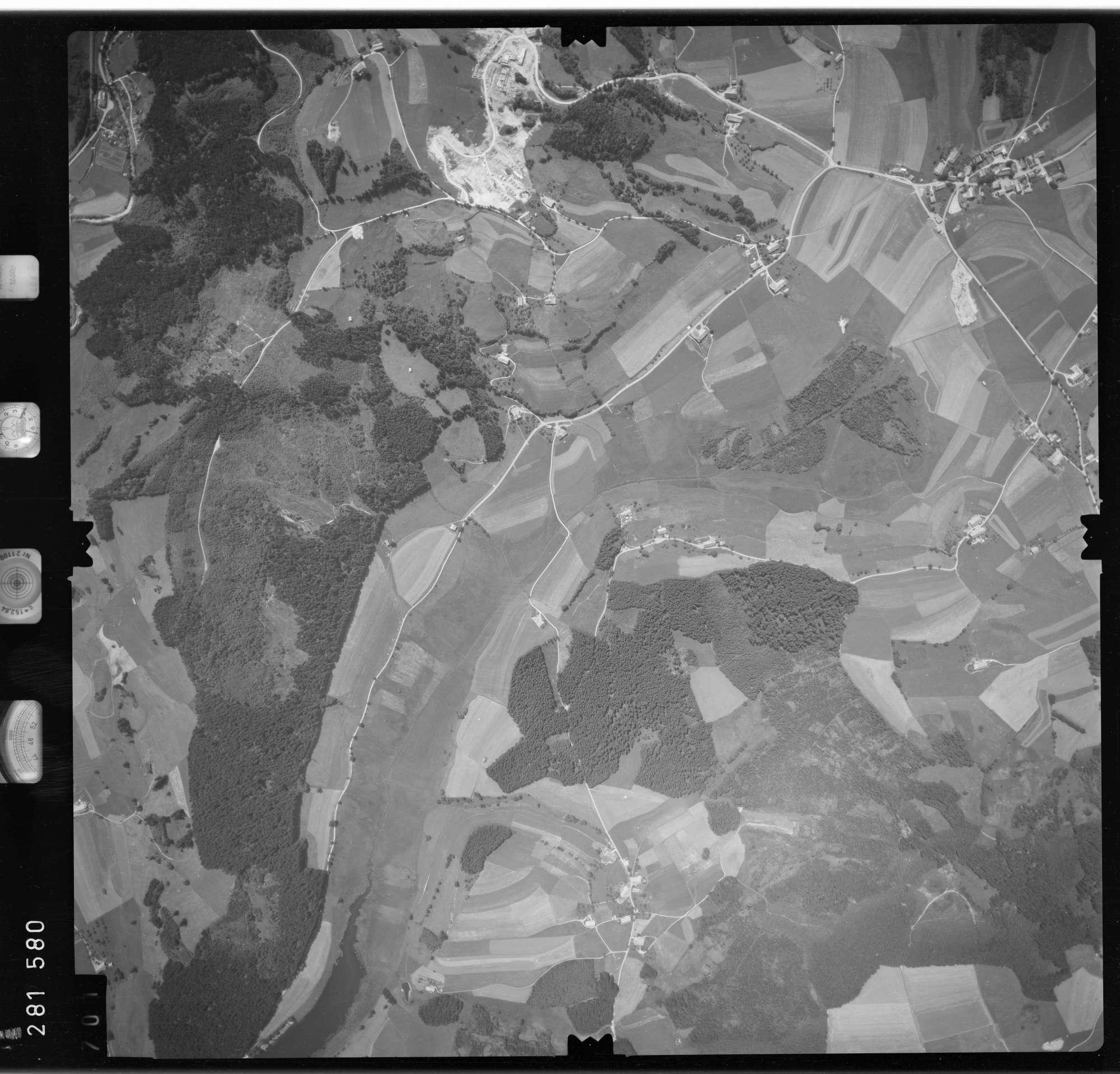 Luftbild: Film 76 Bildnr. 701, Bild 1