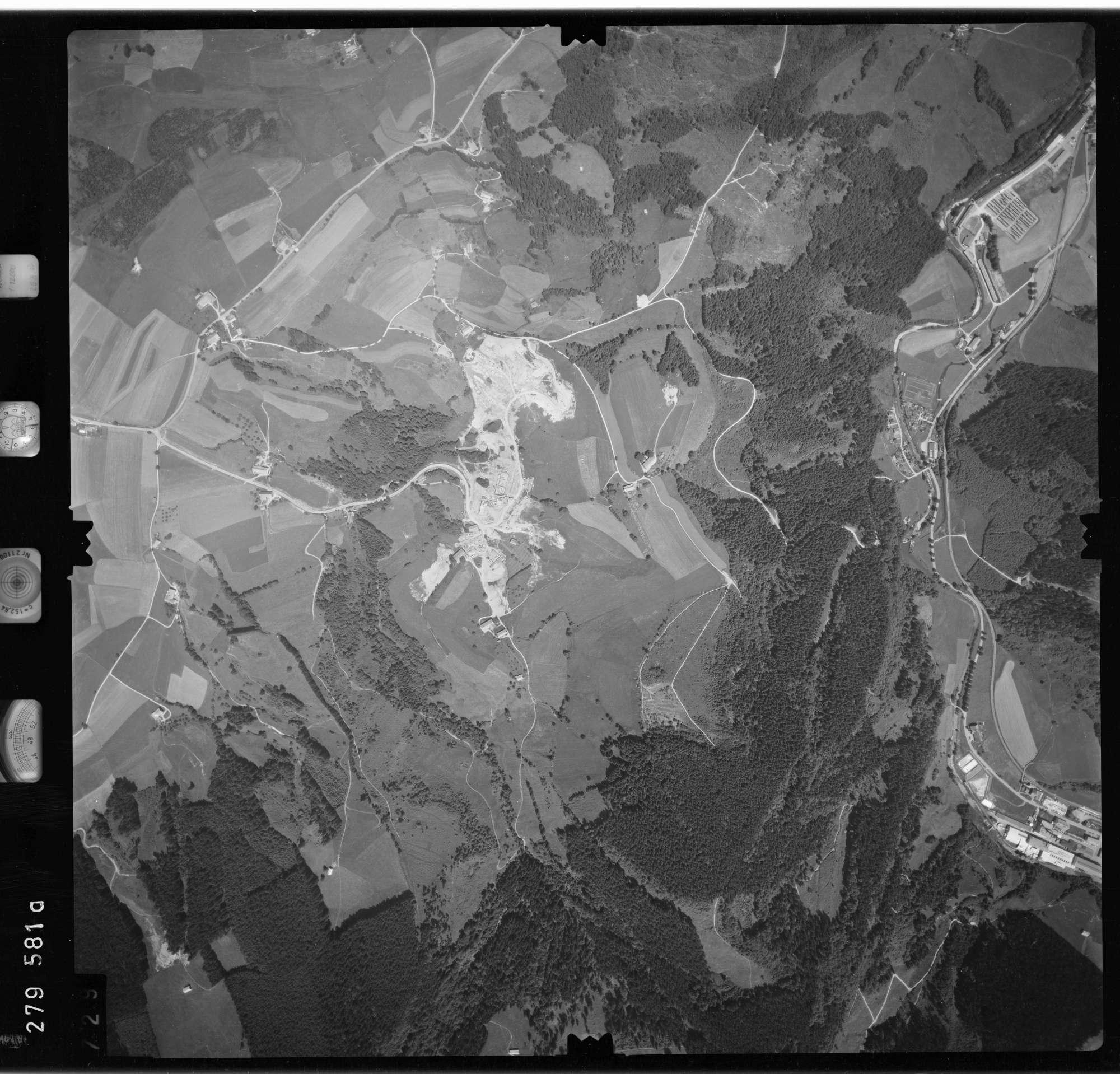 Luftbild: Film 76 Bildnr. 729, Bild 1