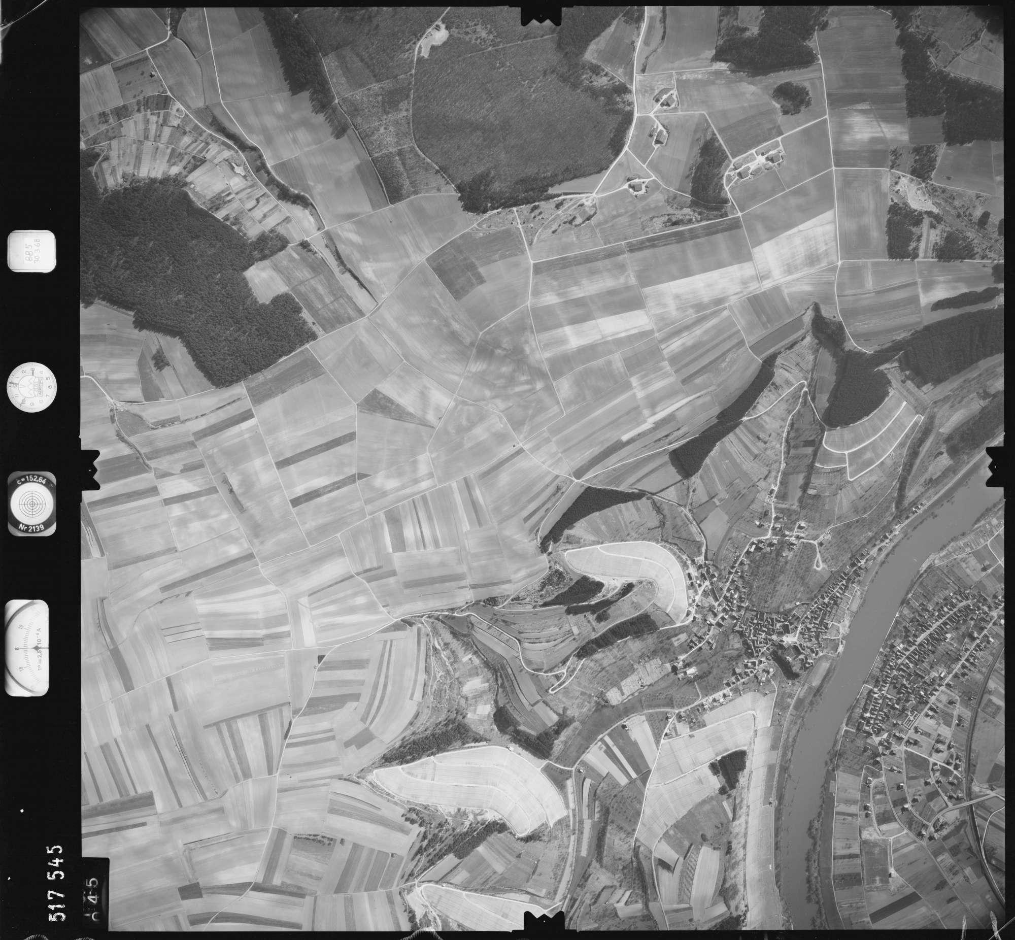 Luftbild: Film 885 Bildnr. 45, Bild 1
