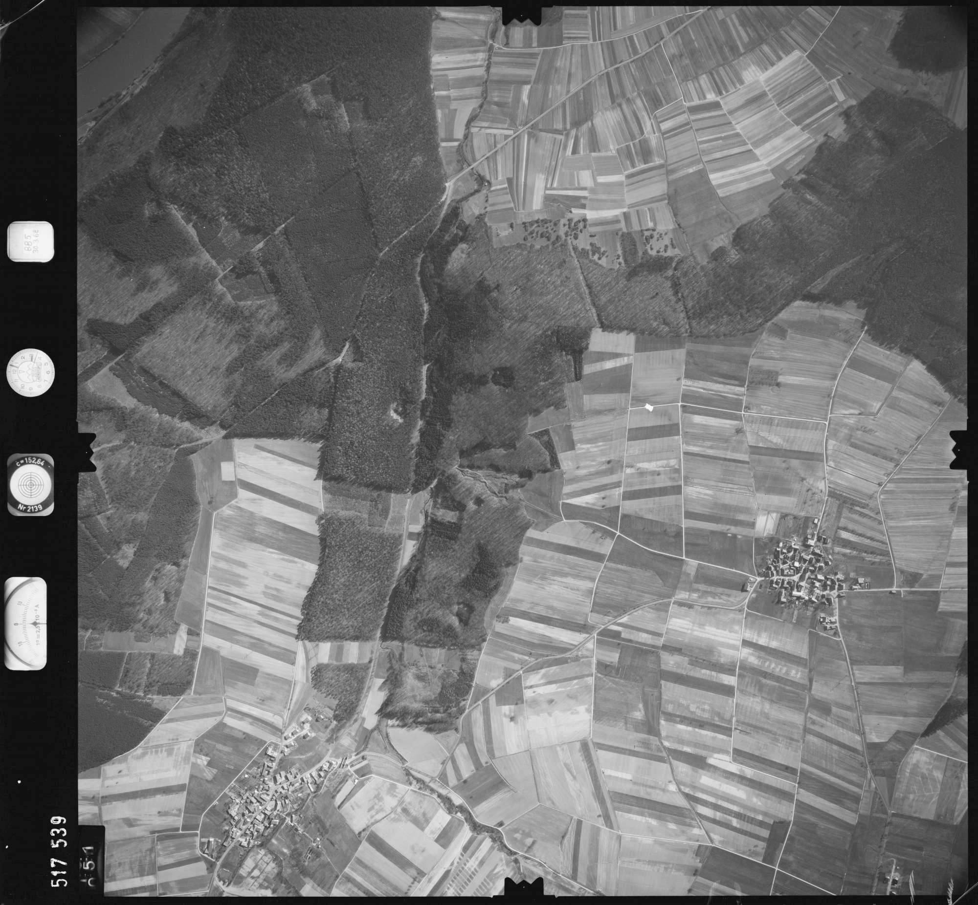 Luftbild: Film 885 Bildnr. 51, Bild 1