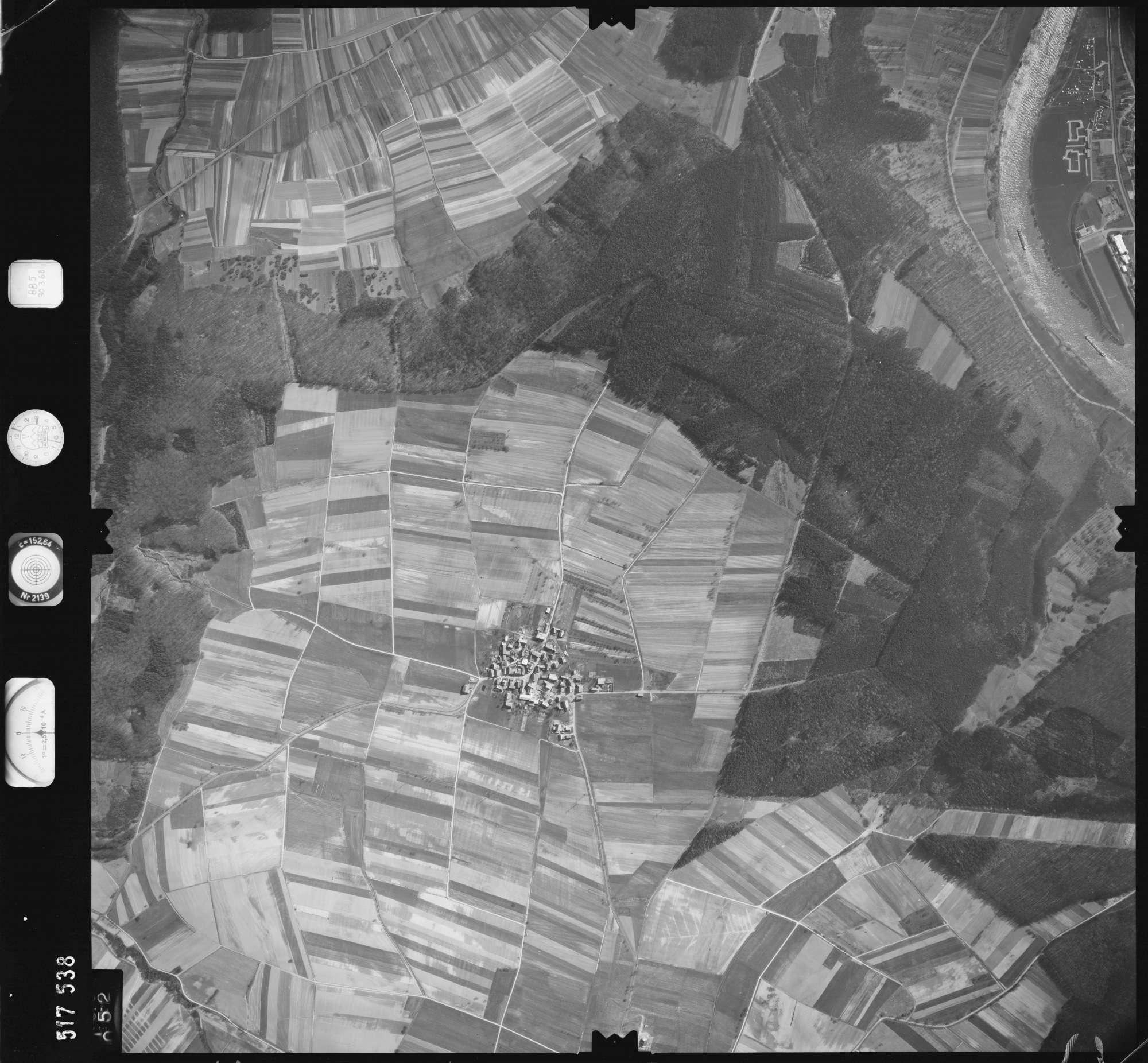 Luftbild: Film 885 Bildnr. 52, Bild 1