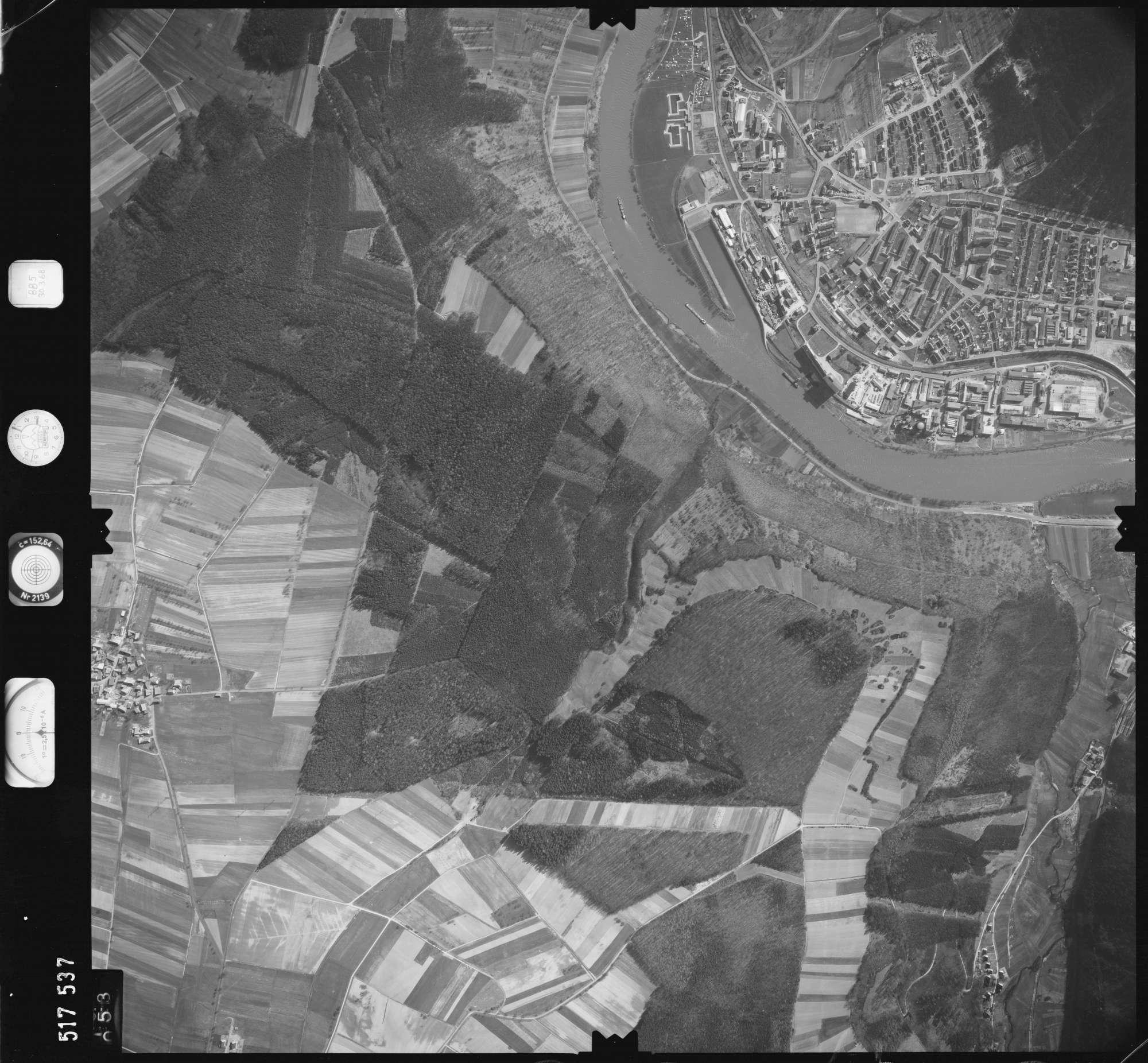 Luftbild: Film 885 Bildnr. 53, Bild 1