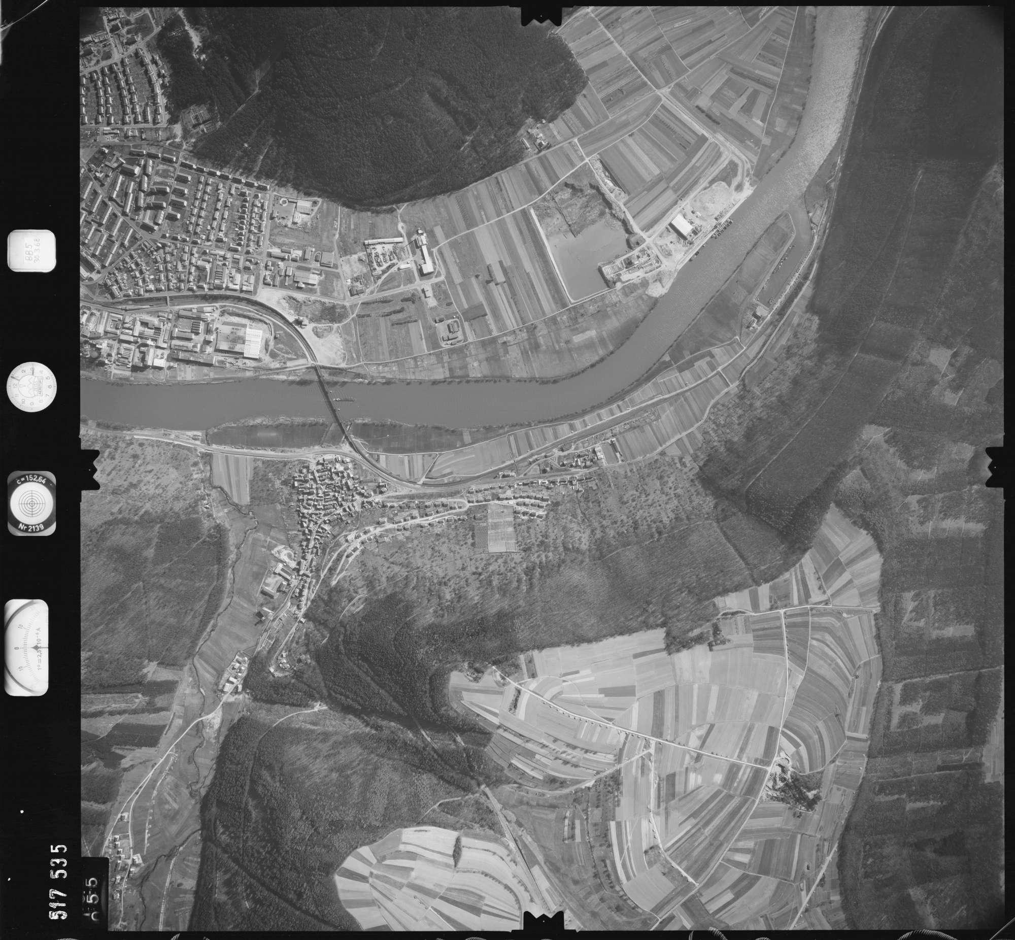 Luftbild: Film 885 Bildnr. 55, Bild 1