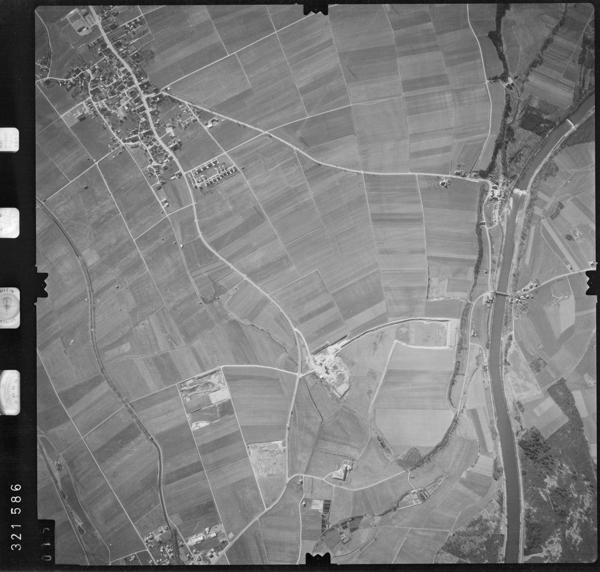 Luftbild: Film 53 Bildnr. 15, Bild 1