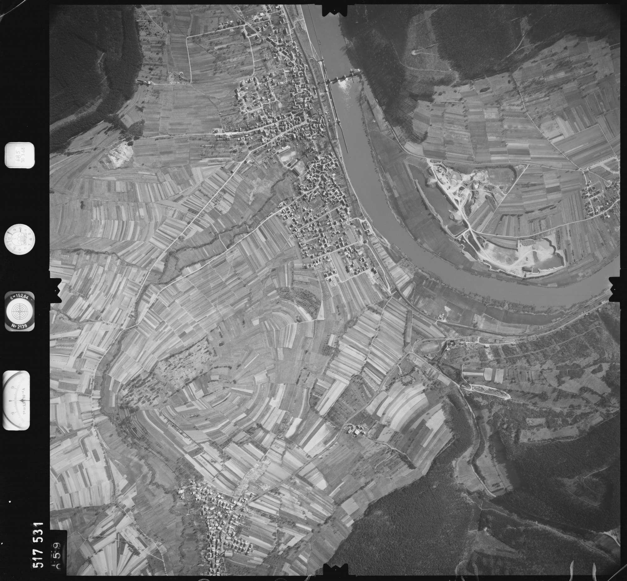 Luftbild: Film 885 Bildnr. 59, Bild 1