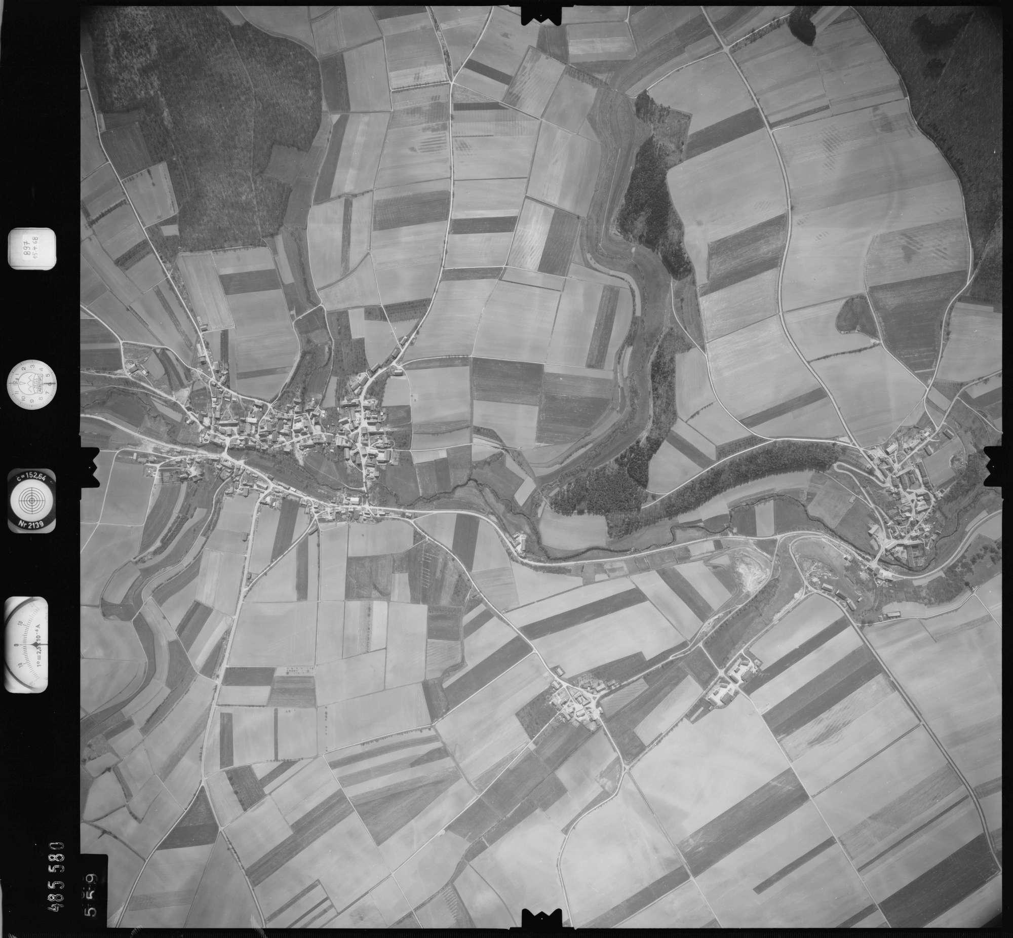 Luftbild: Film 897 Bildnr. 559, Bild 1