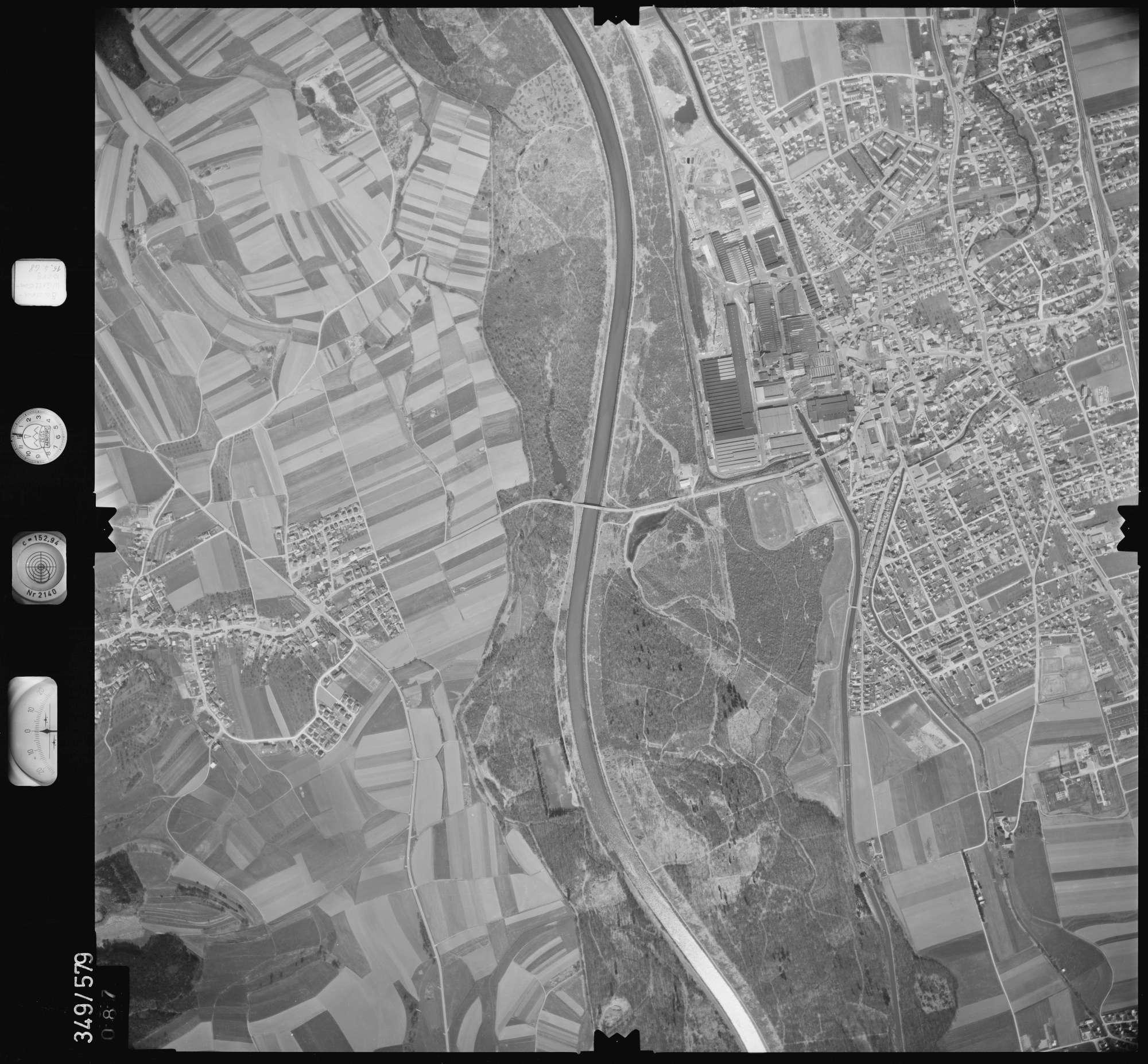 Luftbild: Film 45 Bildnr. 87, Bild 1