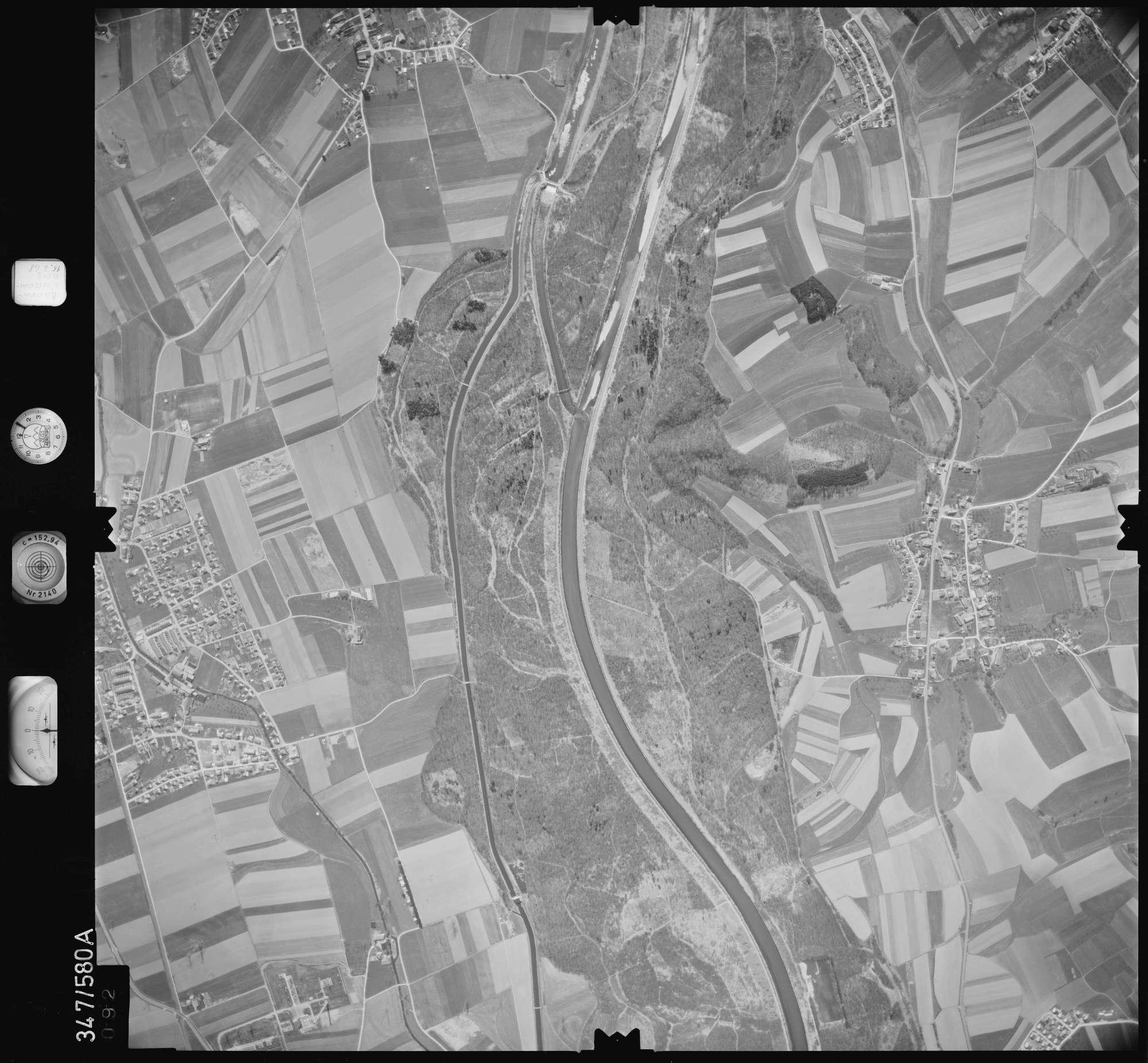 Luftbild: Film 45 Bildnr. 92, Bild 1