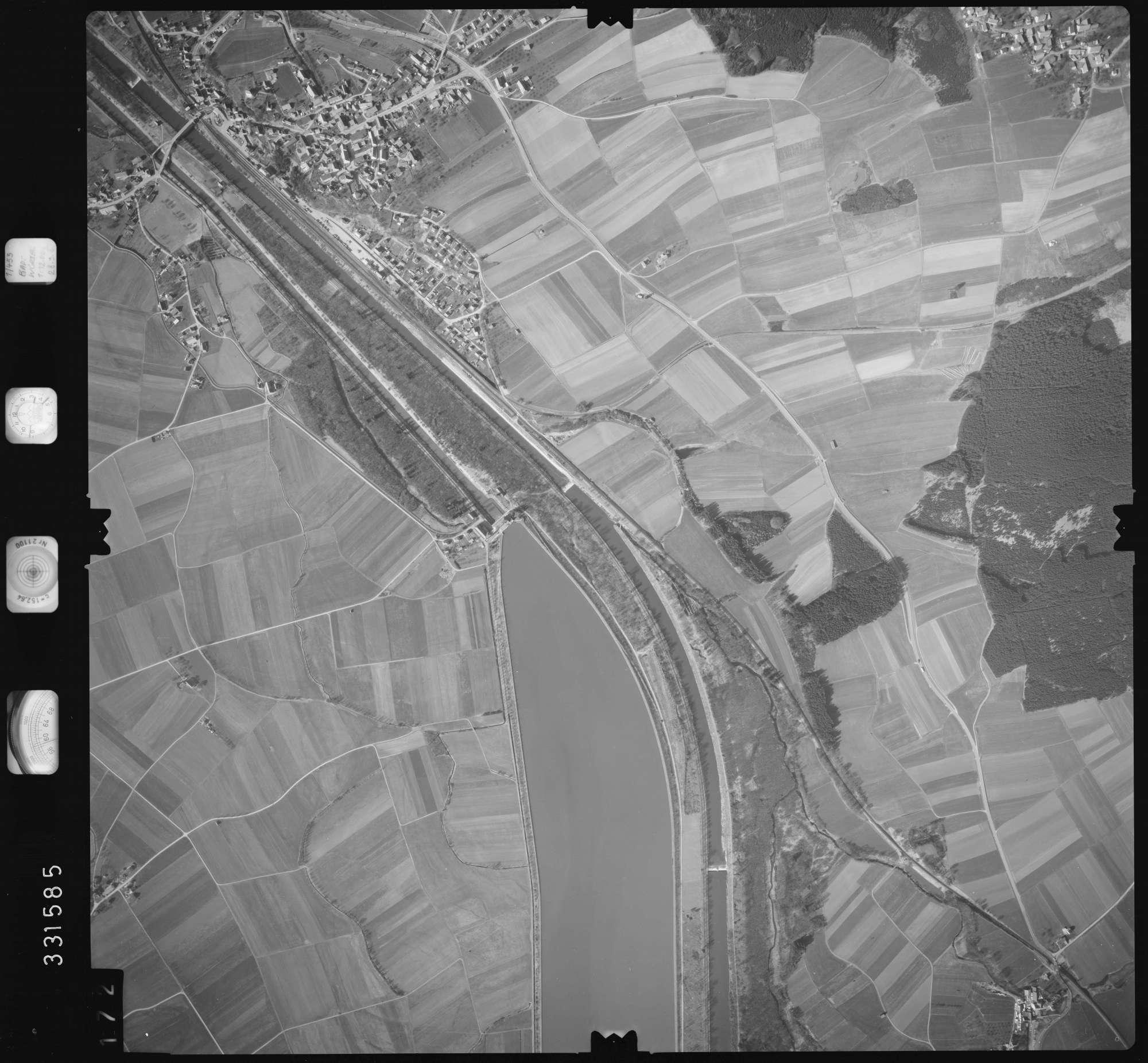 Luftbild: Film 51 Bildnr. 172, Bild 1