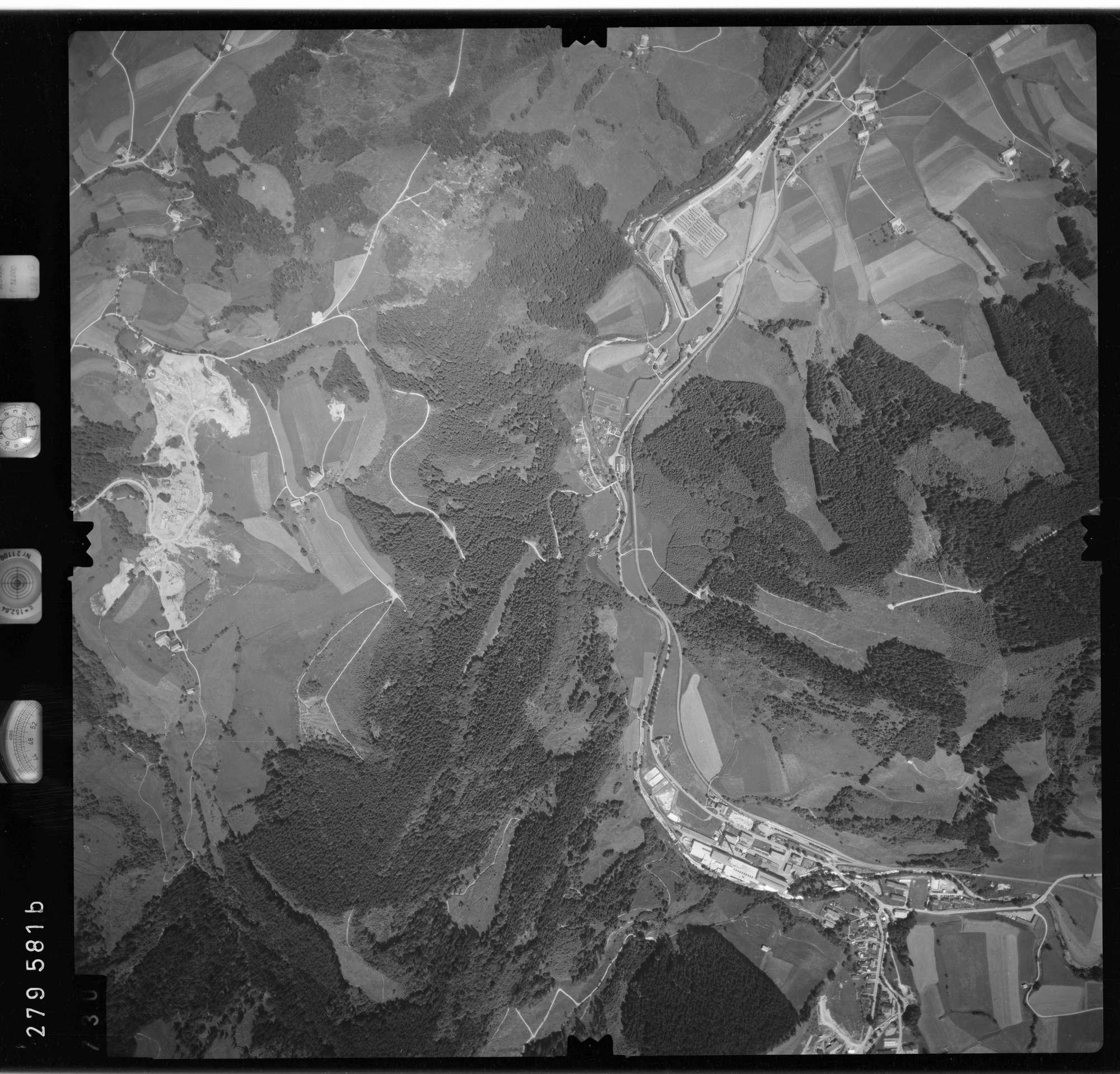 Luftbild: Film 76 Bildnr. 730, Bild 1