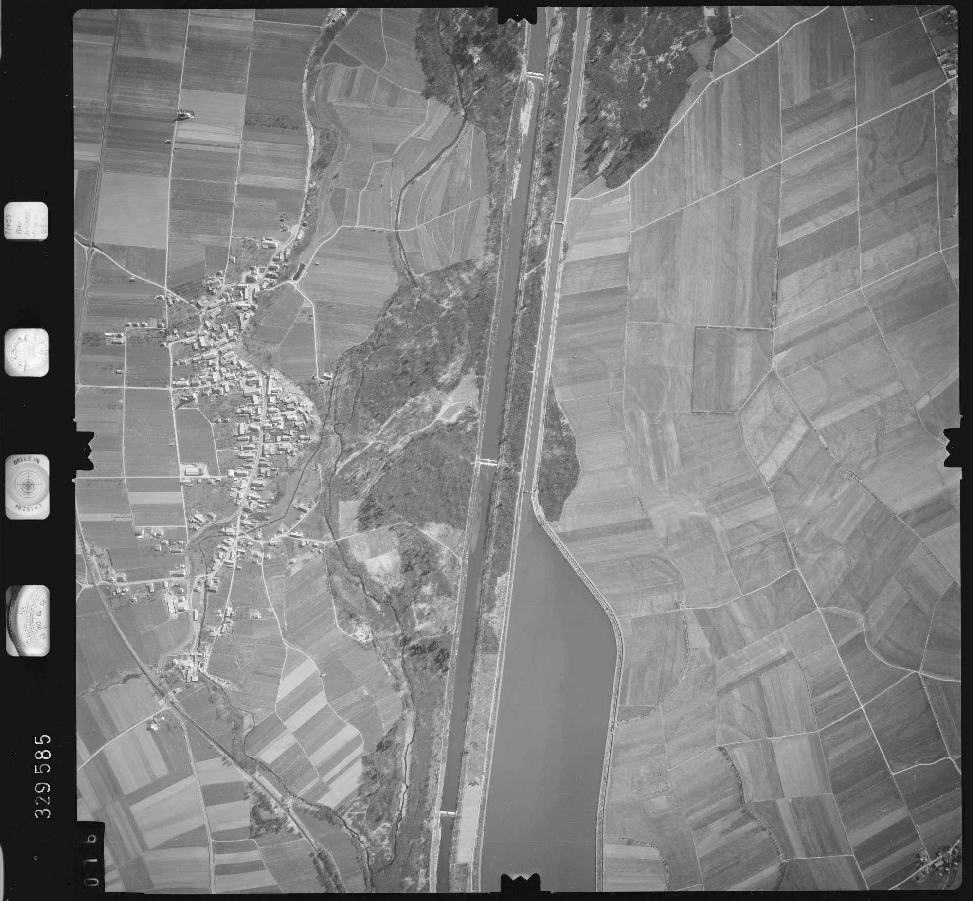 Luftbild: Film 51 Bildnr. 16, Bild 1