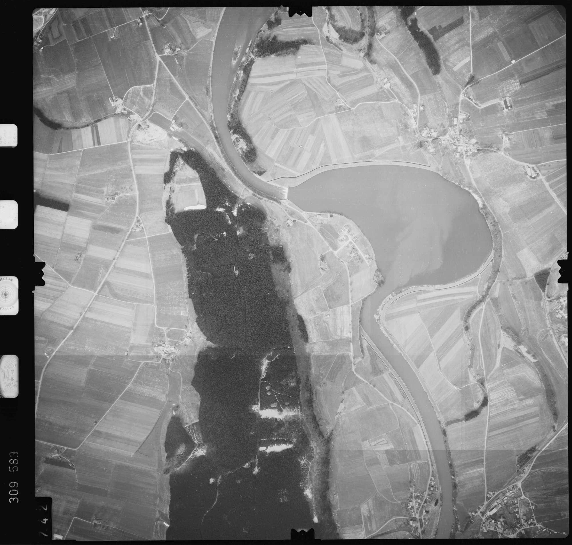 Luftbild: Film 59 Bildnr. 742, Bild 1