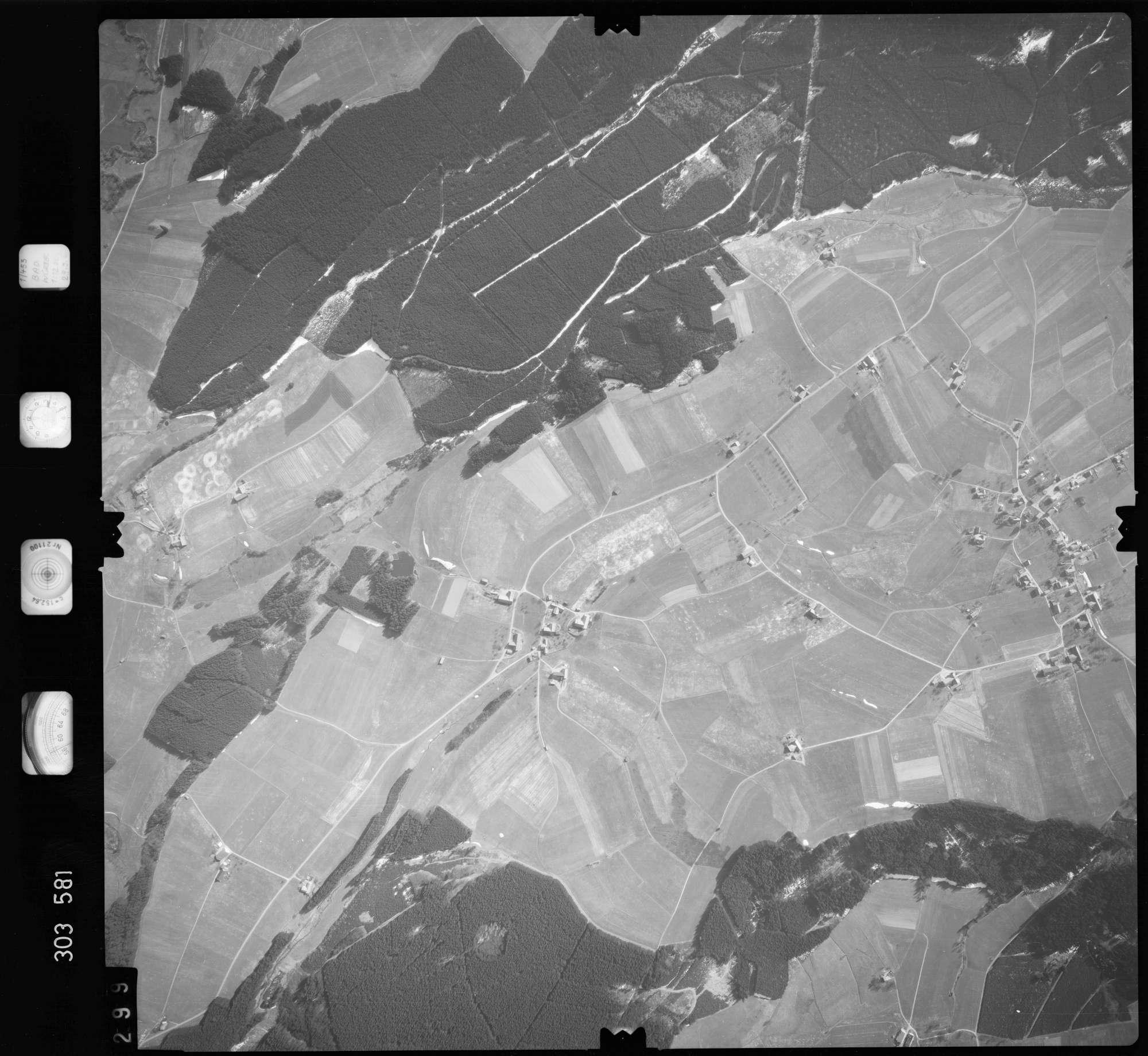 Luftbild: Film 64 Bildnr. 299, Bild 1