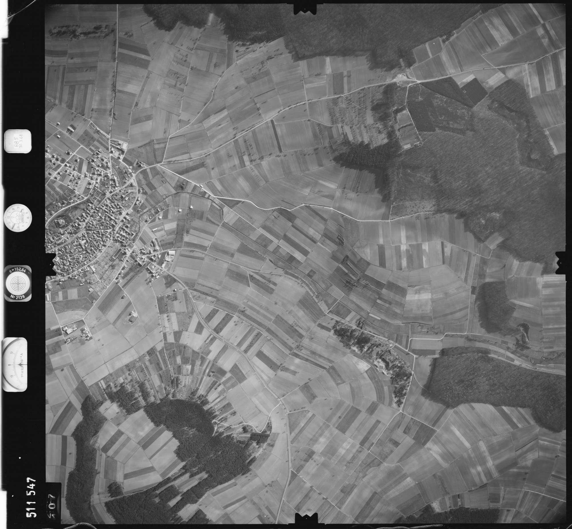 Luftbild: Film 885 Bildnr. 107, Bild 1