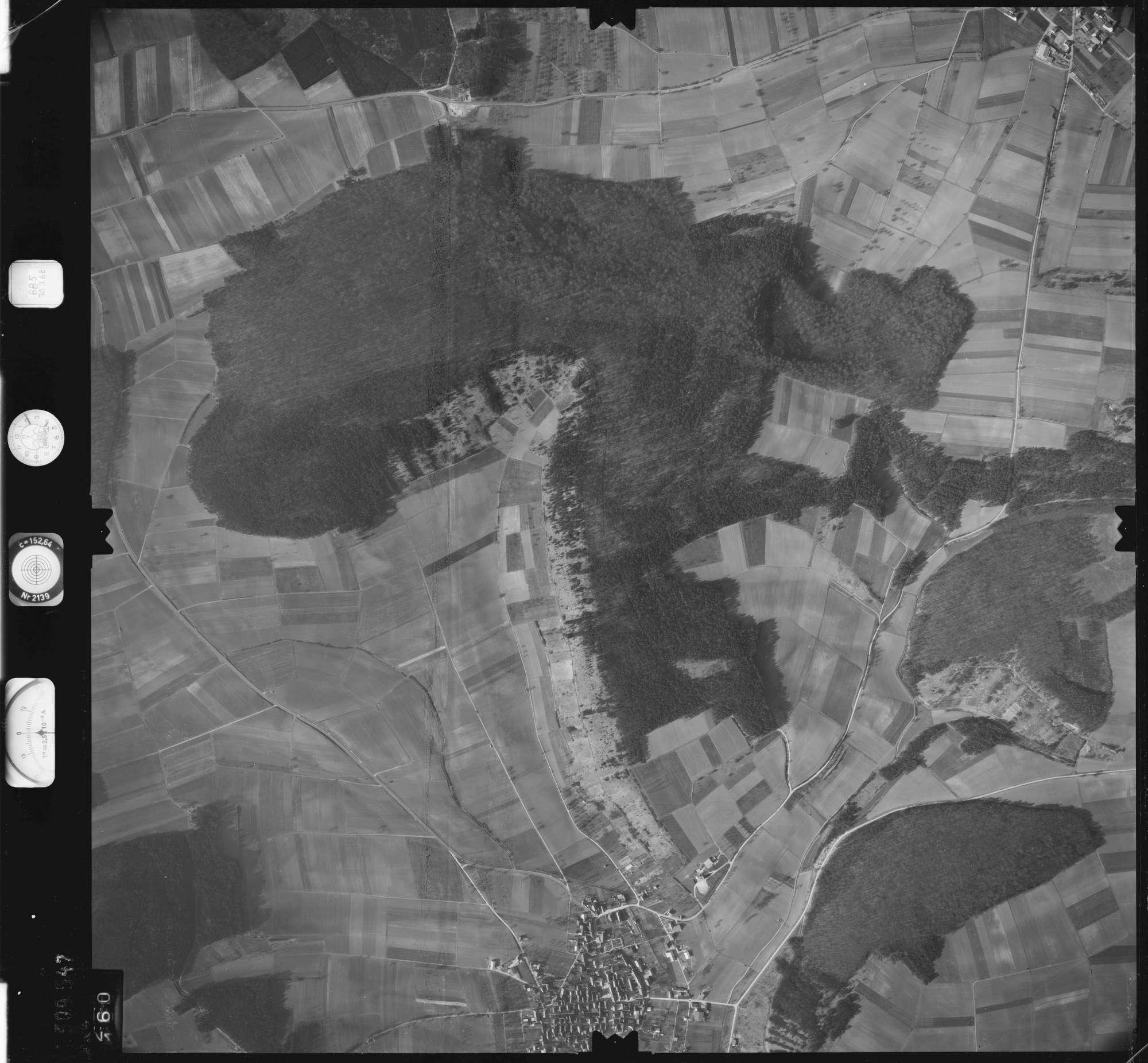 Luftbild: Film 885 Bildnr. 160, Bild 1