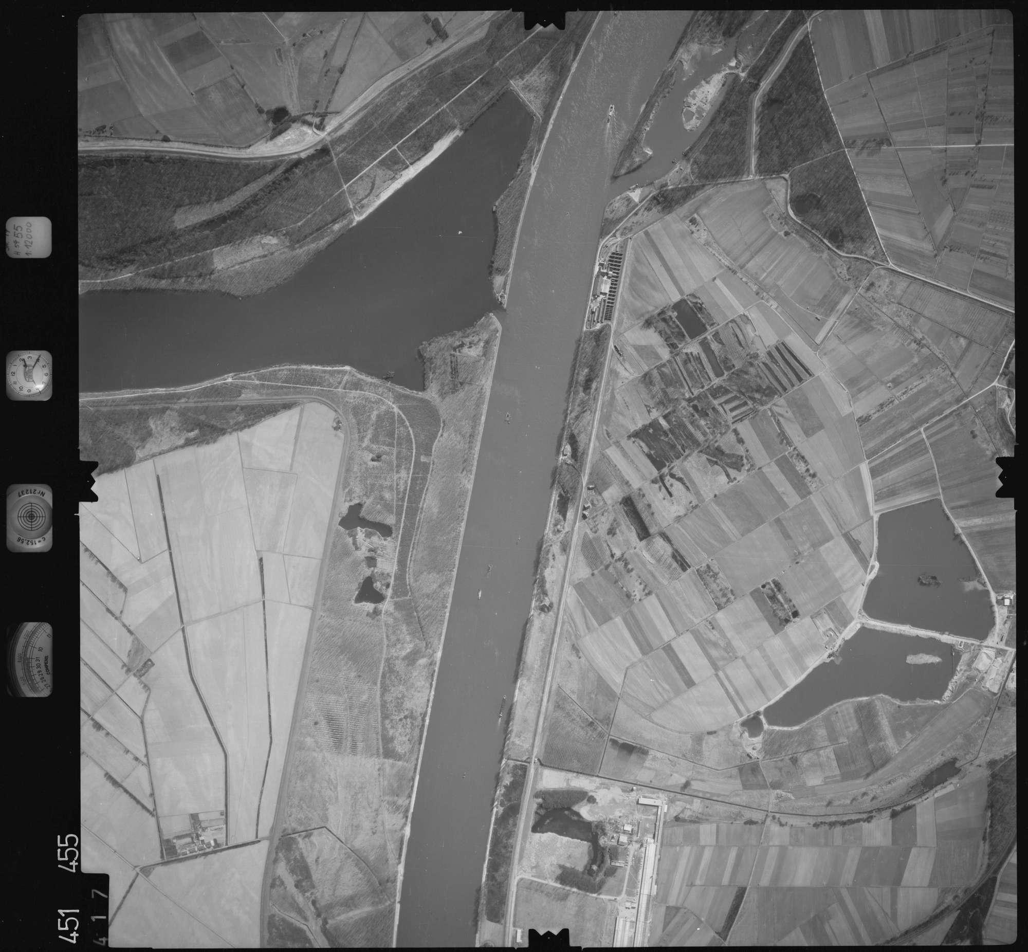 Luftbild: Film 15 Bildnr. 417, Bild 1