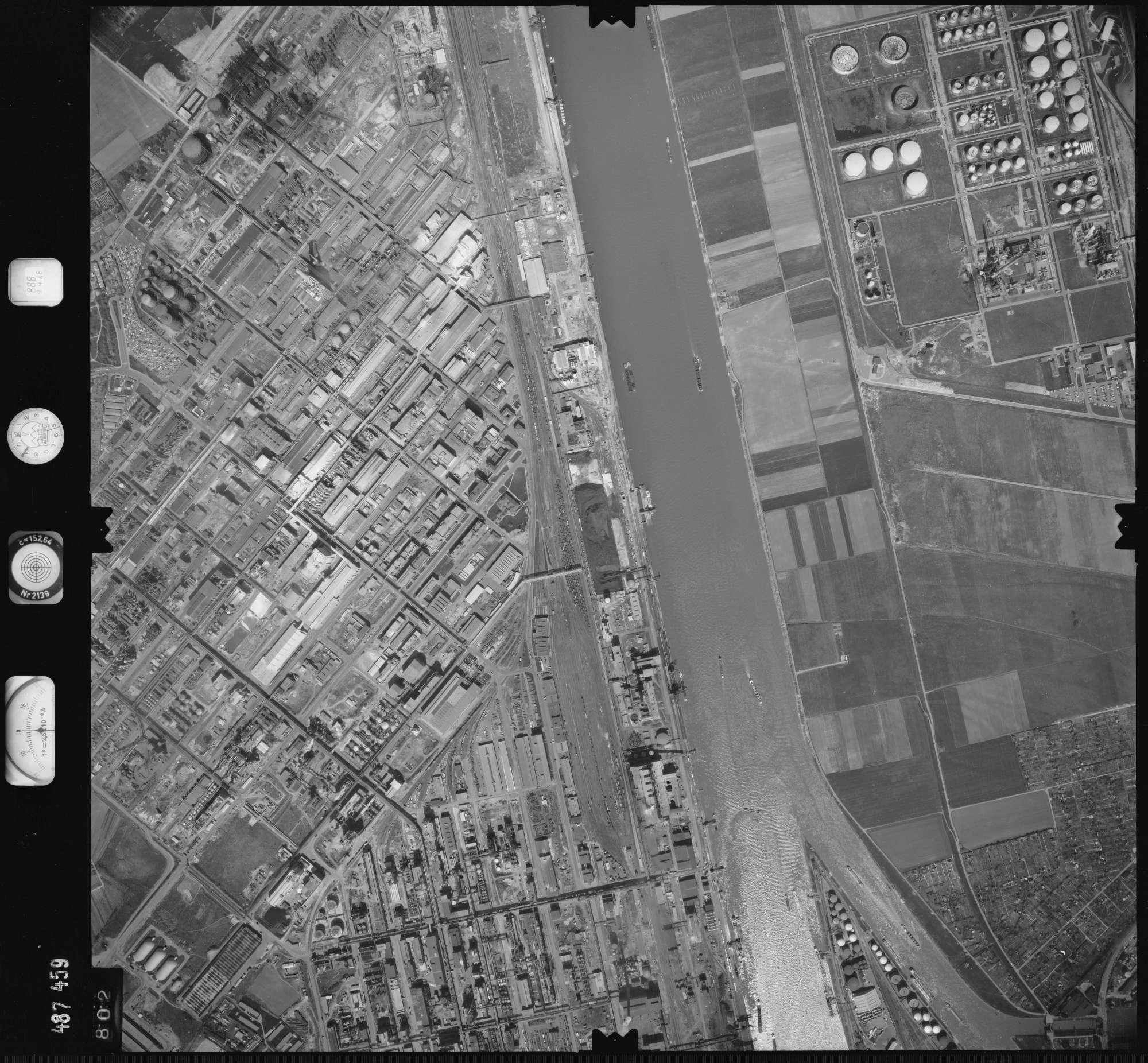Luftbild: Film 888 Bildnr. 802, Bild 1