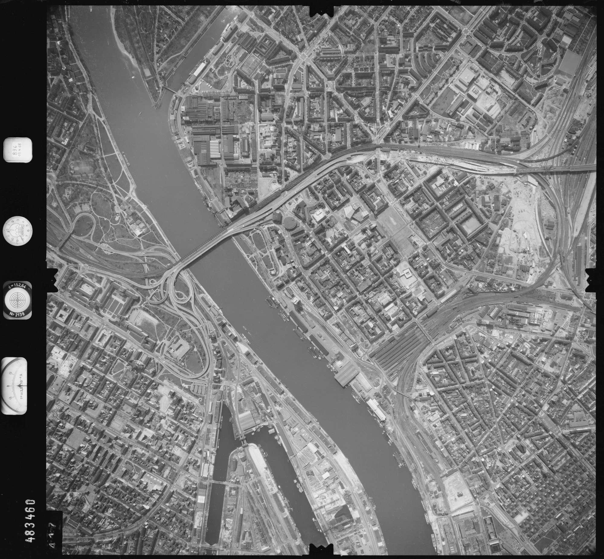 Luftbild: Film 896 Bildnr. 417, Bild 1