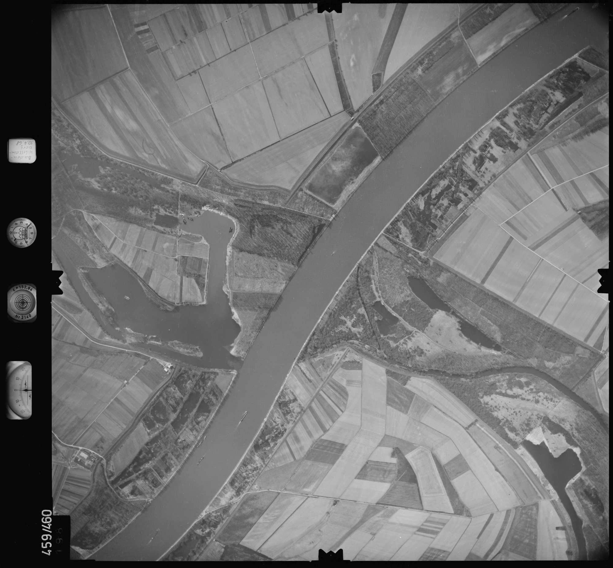 Luftbild: Film 103 Bildnr. 198, Bild 1