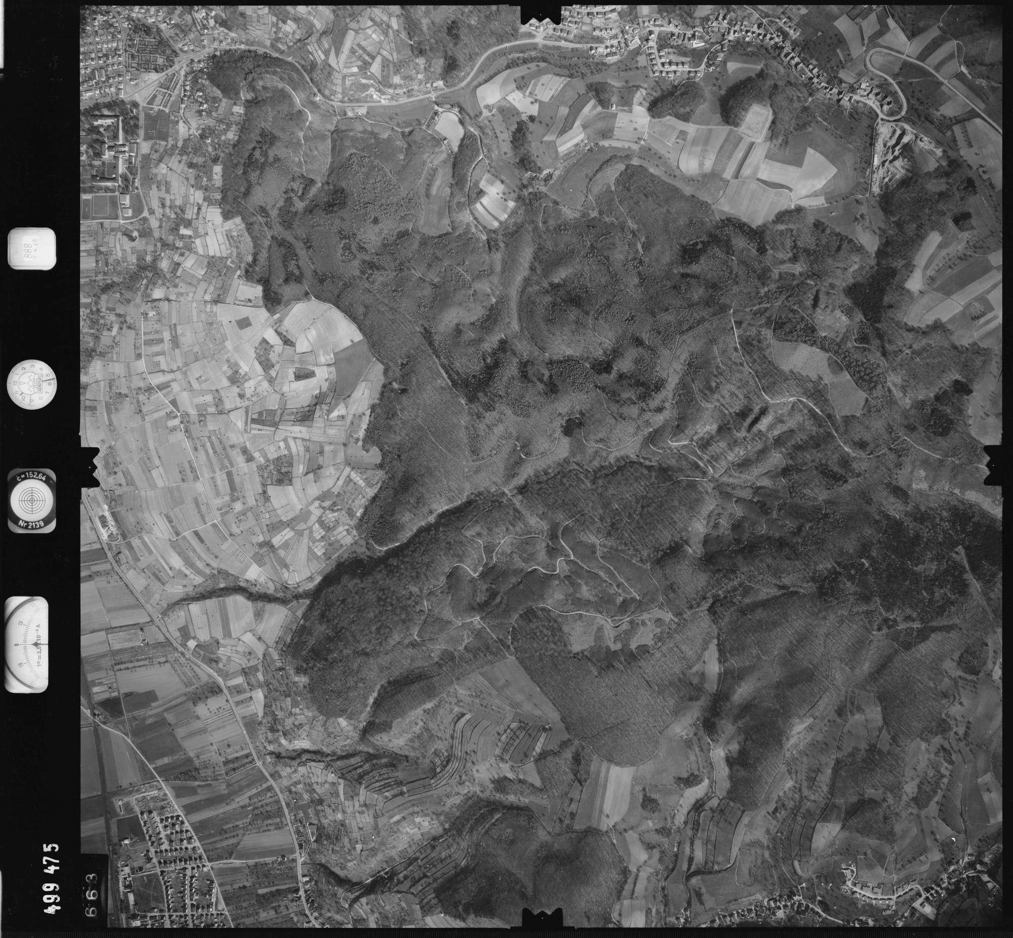 Luftbild: Film 888 Bildnr. 663, Bild 1
