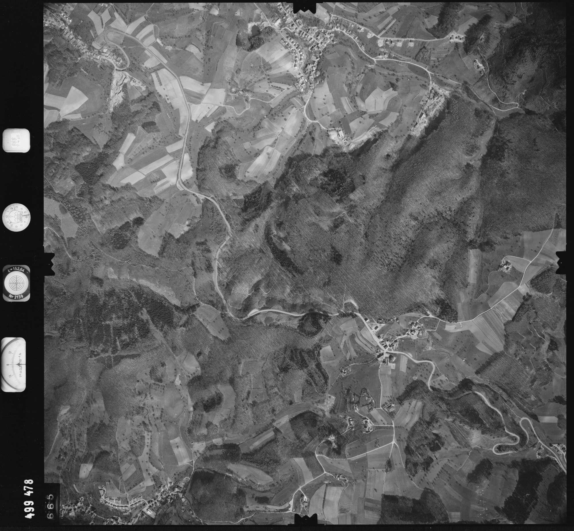 Luftbild: Film 888 Bildnr. 665, Bild 1