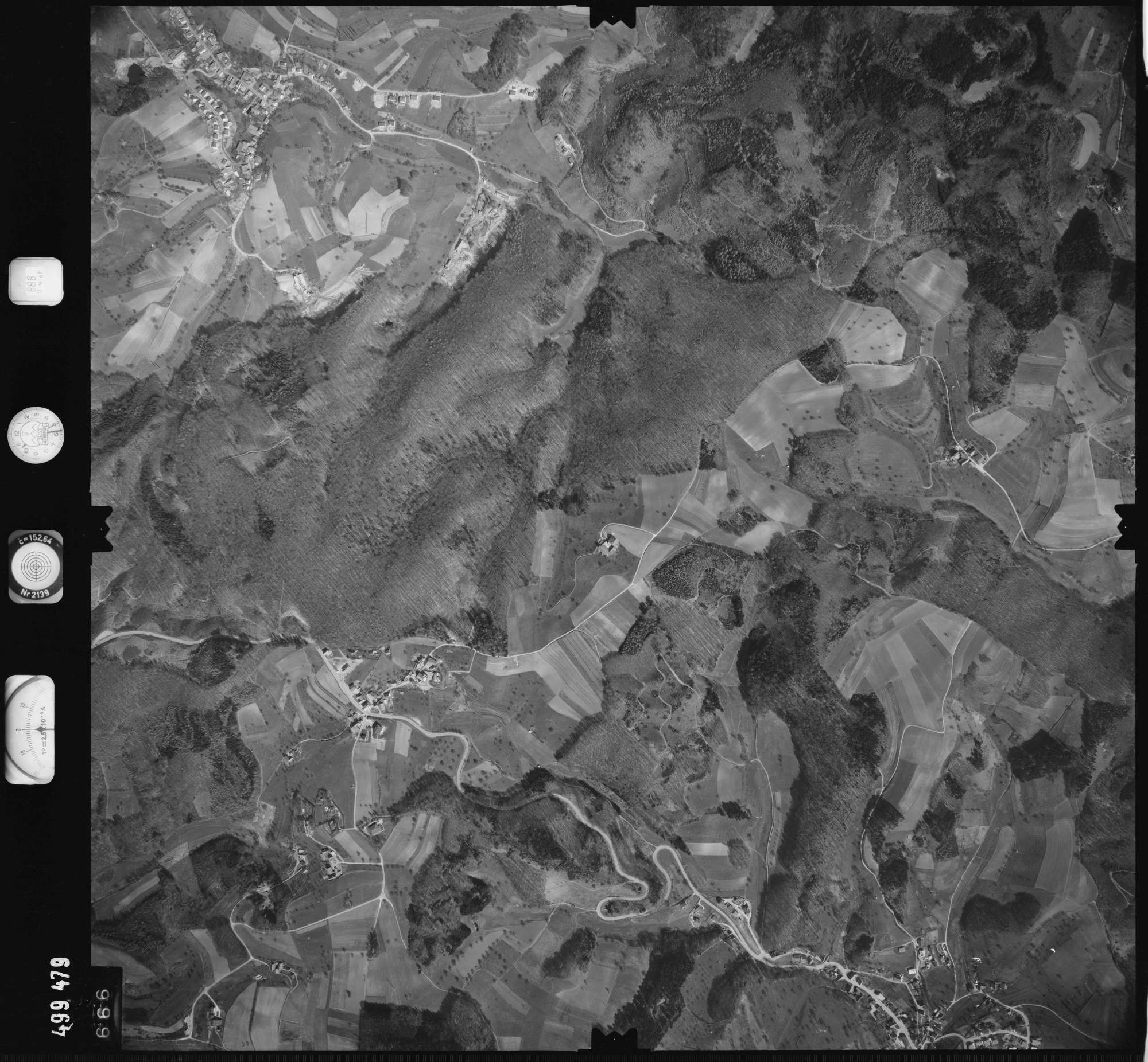 Luftbild: Film 888 Bildnr. 666, Bild 1