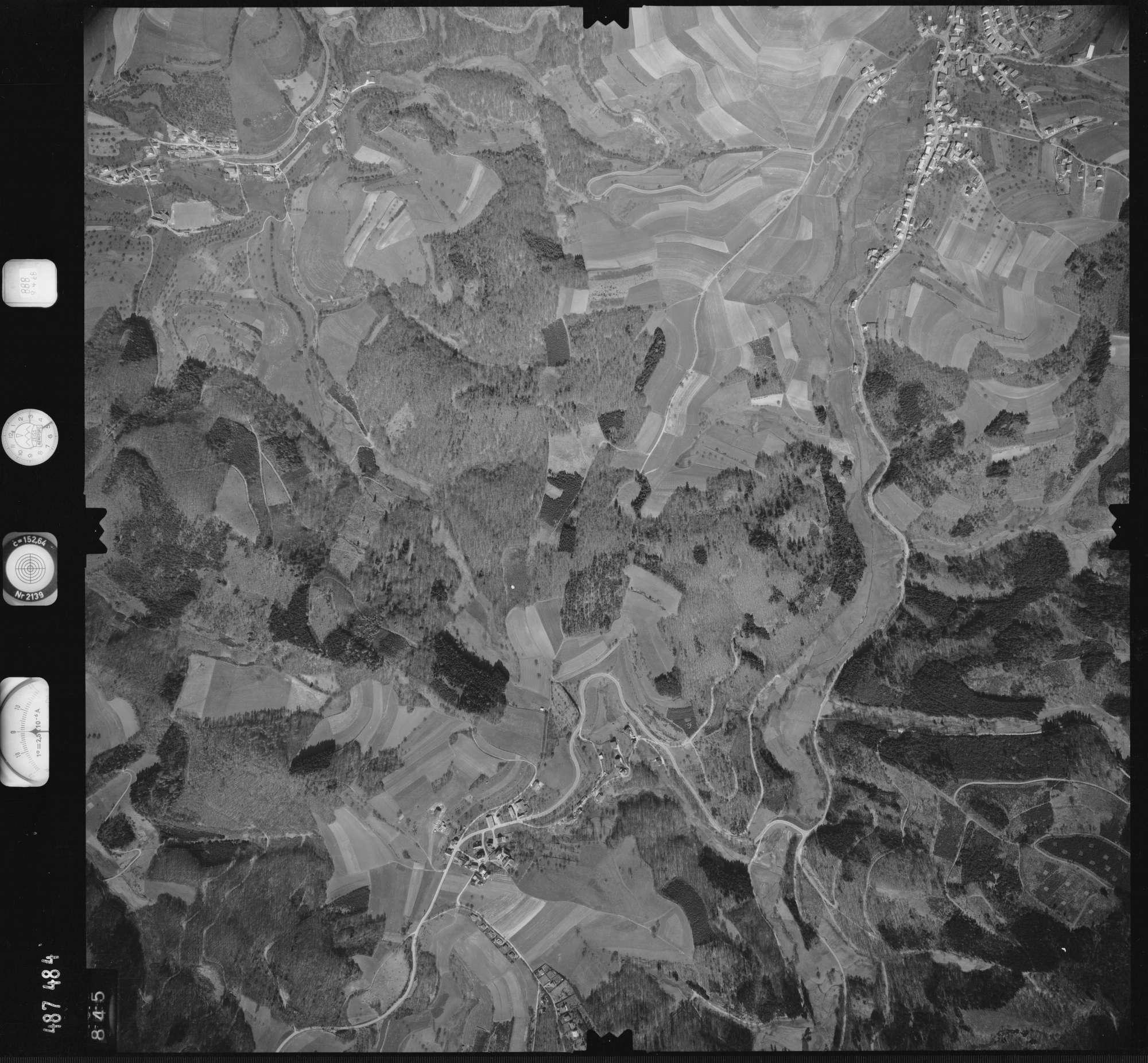 Luftbild: Film 888 Bildnr. 845, Bild 1