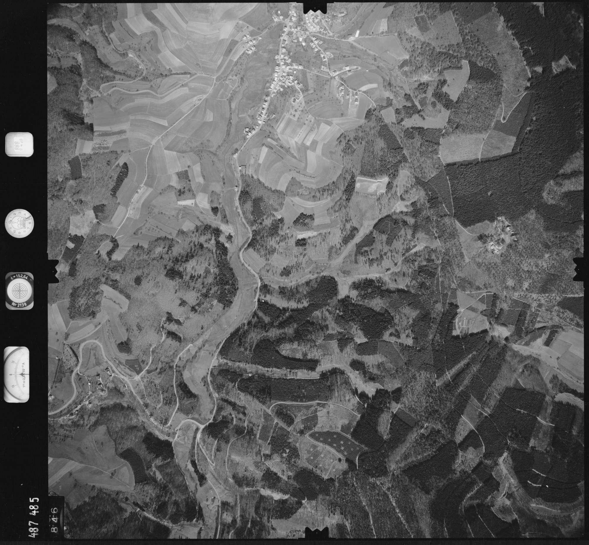 Luftbild: Film 888 Bildnr. 846, Bild 1