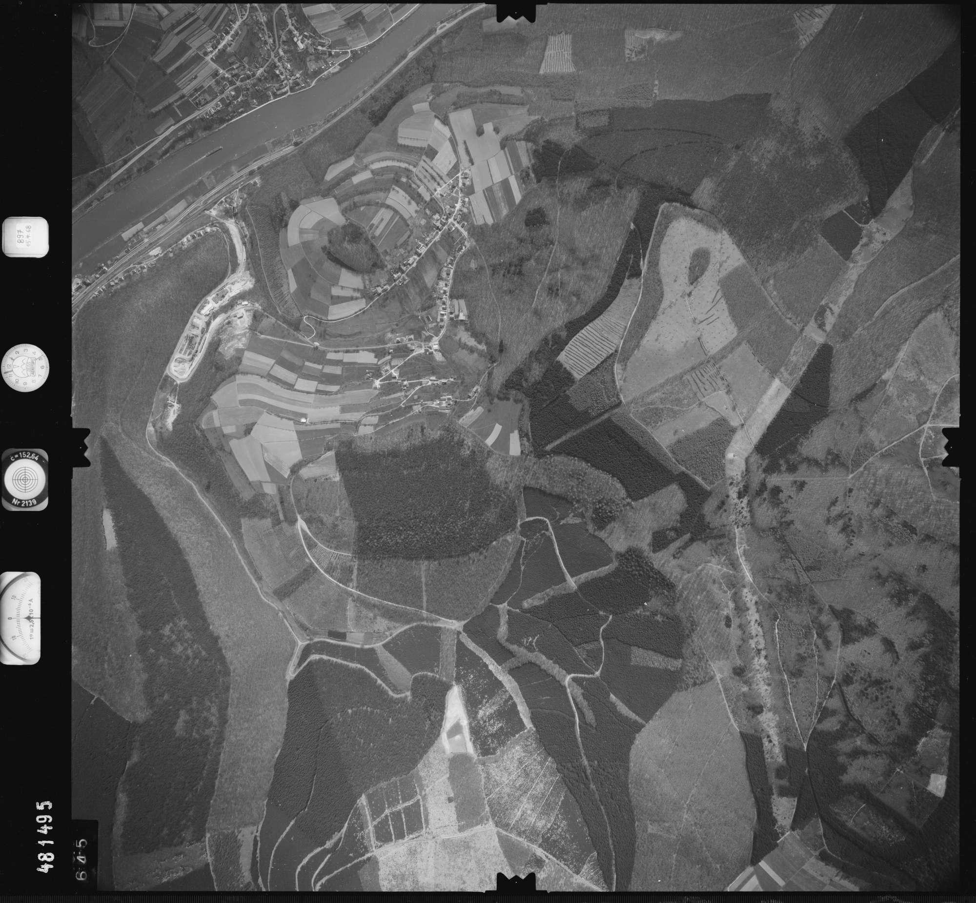 Luftbild: Film 897 Bildnr. 645, Bild 1