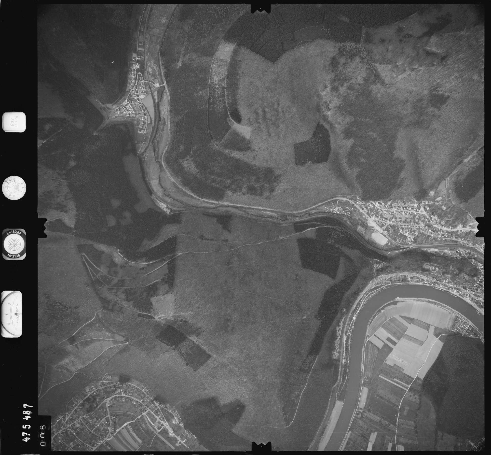 Luftbild: Film 899 Bildnr. 8, Bild 1
