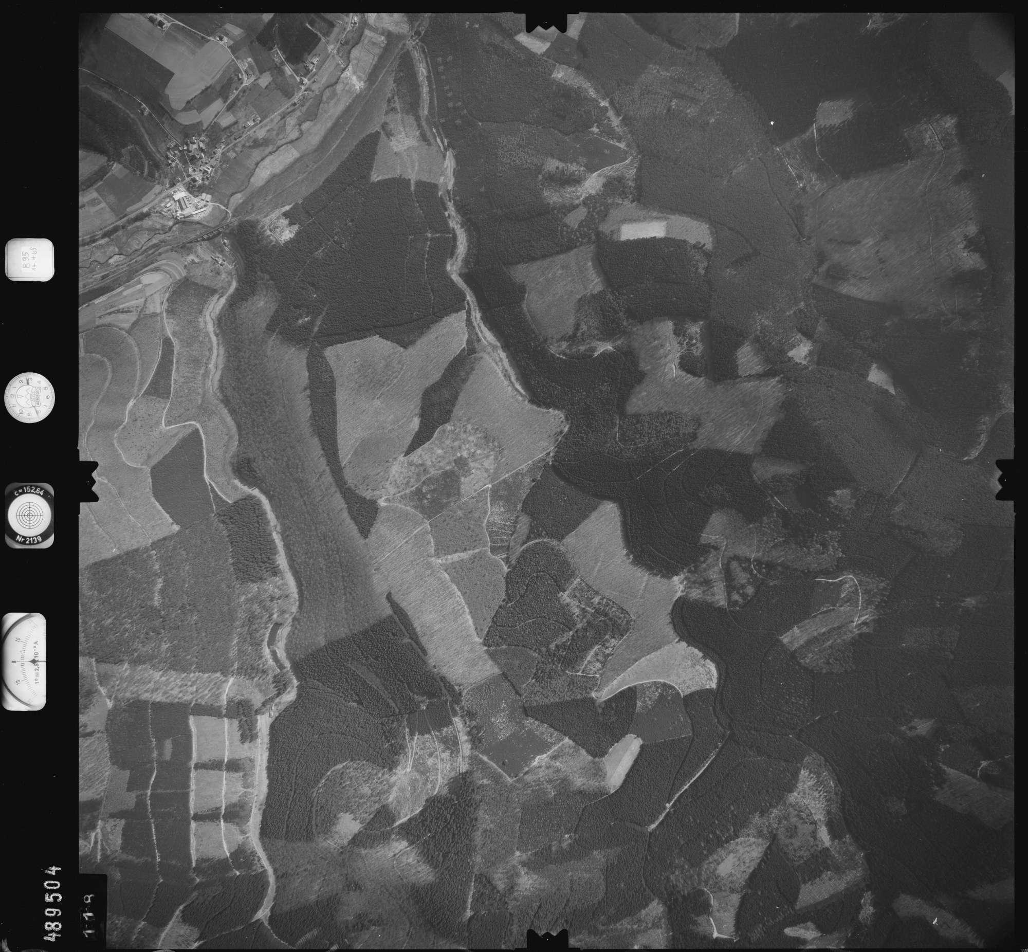 Luftbild: Film 895 Bildnr. 118, Bild 1
