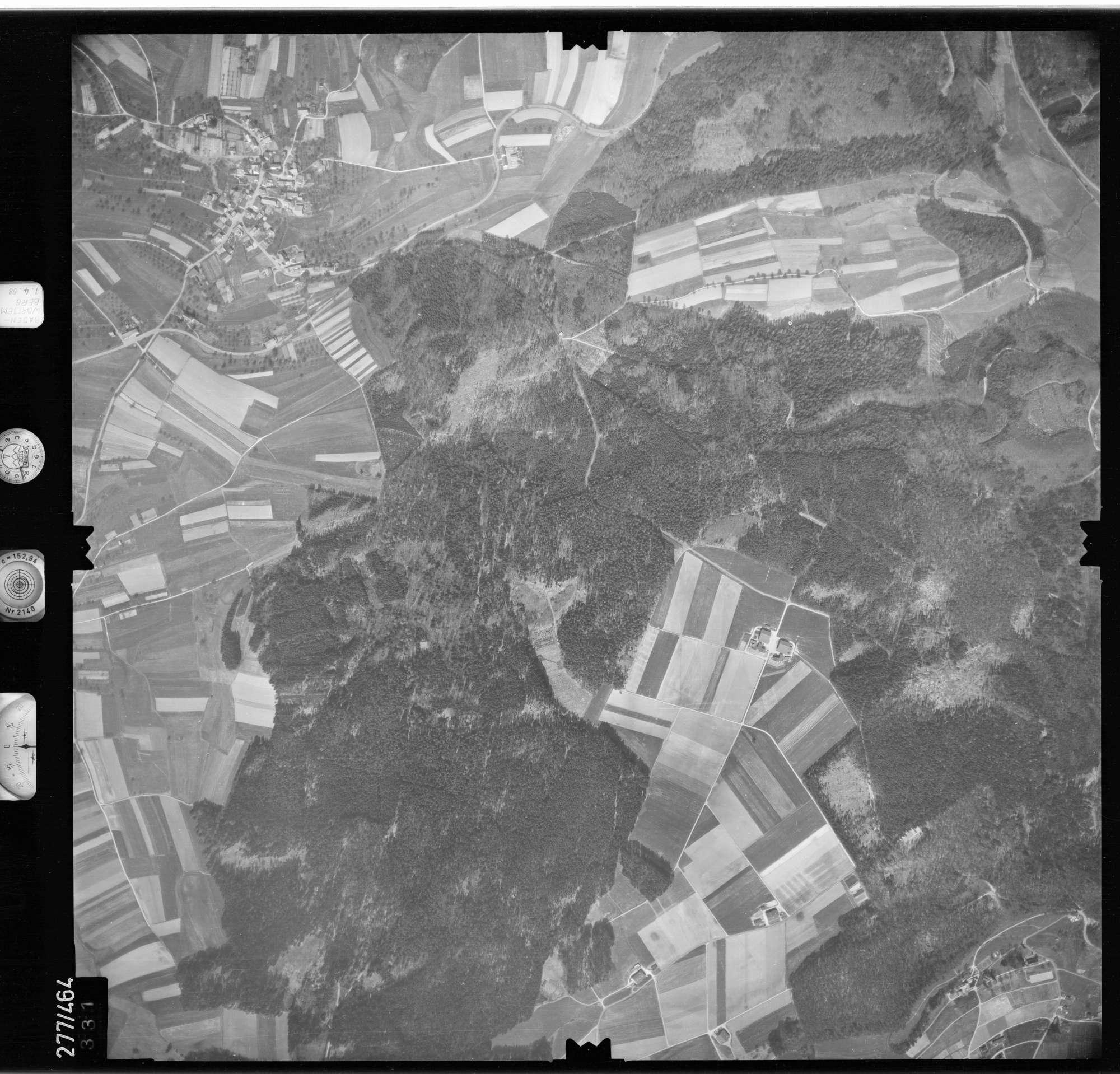 Luftbild: Film 81 Bildnr. 331, Bild 1