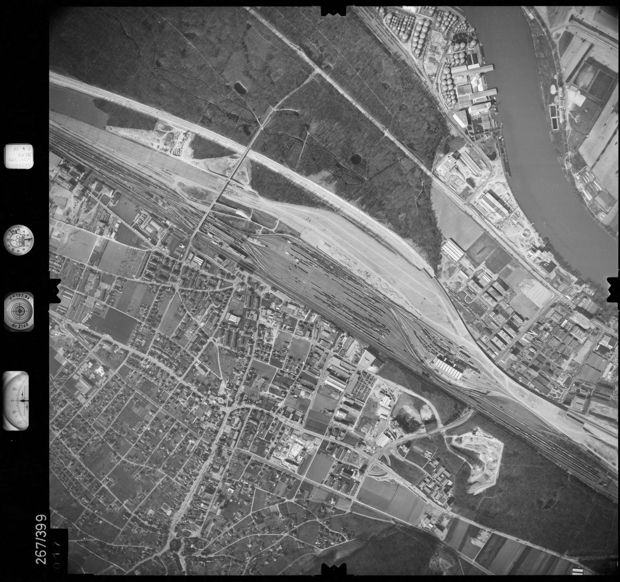 Luftbild: Film 83 Bildnr. 17, Bild 1