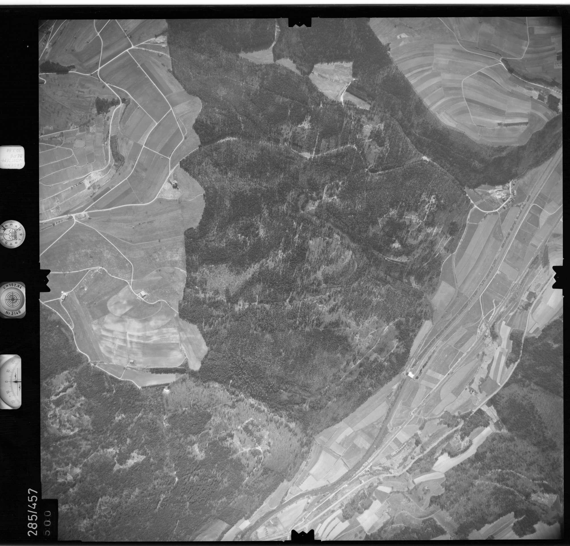 Luftbild: Film 79 Bildnr. 500, Bild 1