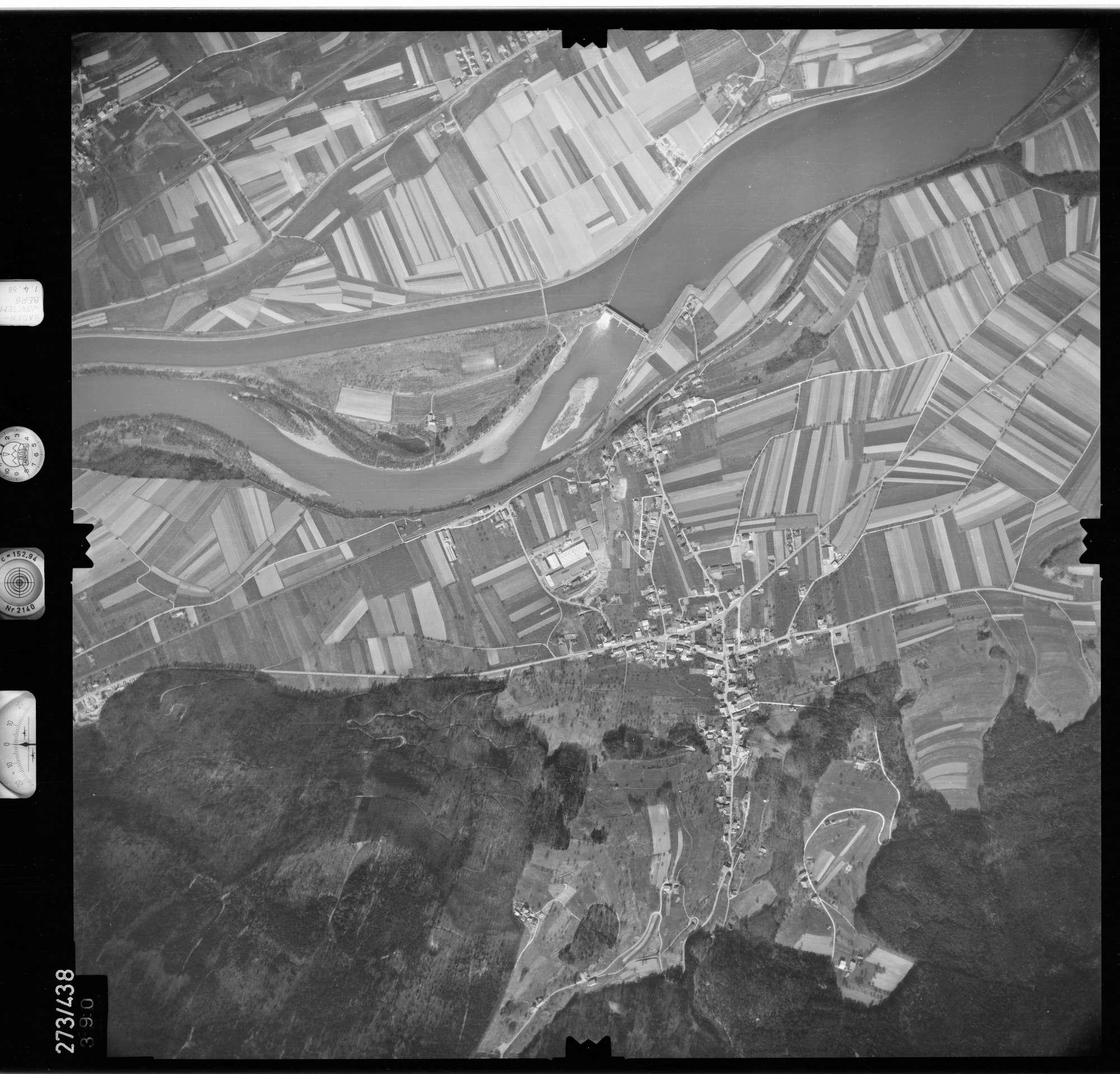 Luftbild: Film 81 Bildnr. 390, Bild 1