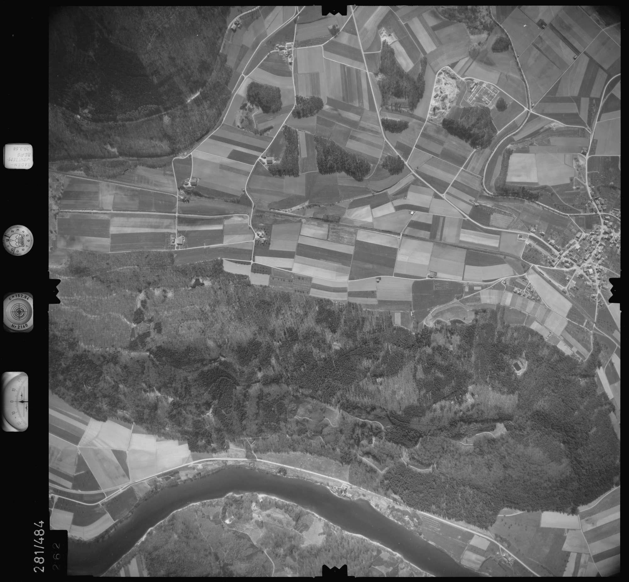 Luftbild: Film 27 Bildnr. 262, Bild 1