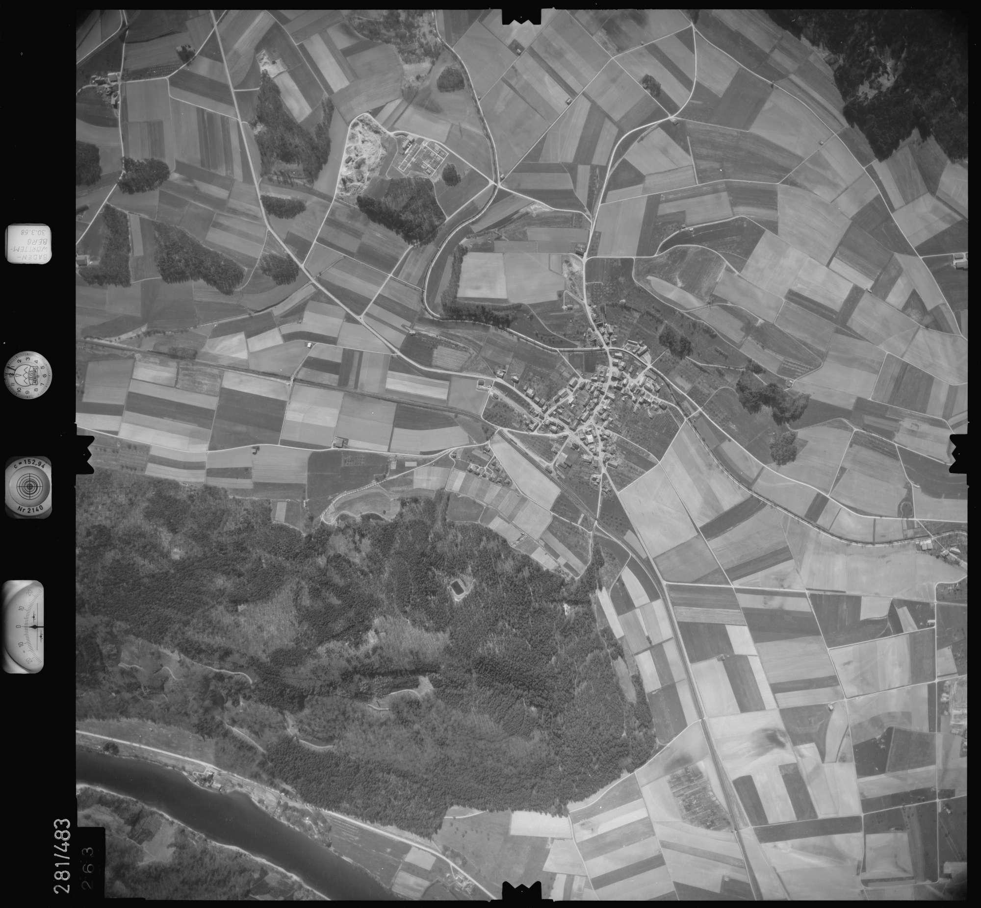 Luftbild: Film 27 Bildnr. 263, Bild 1