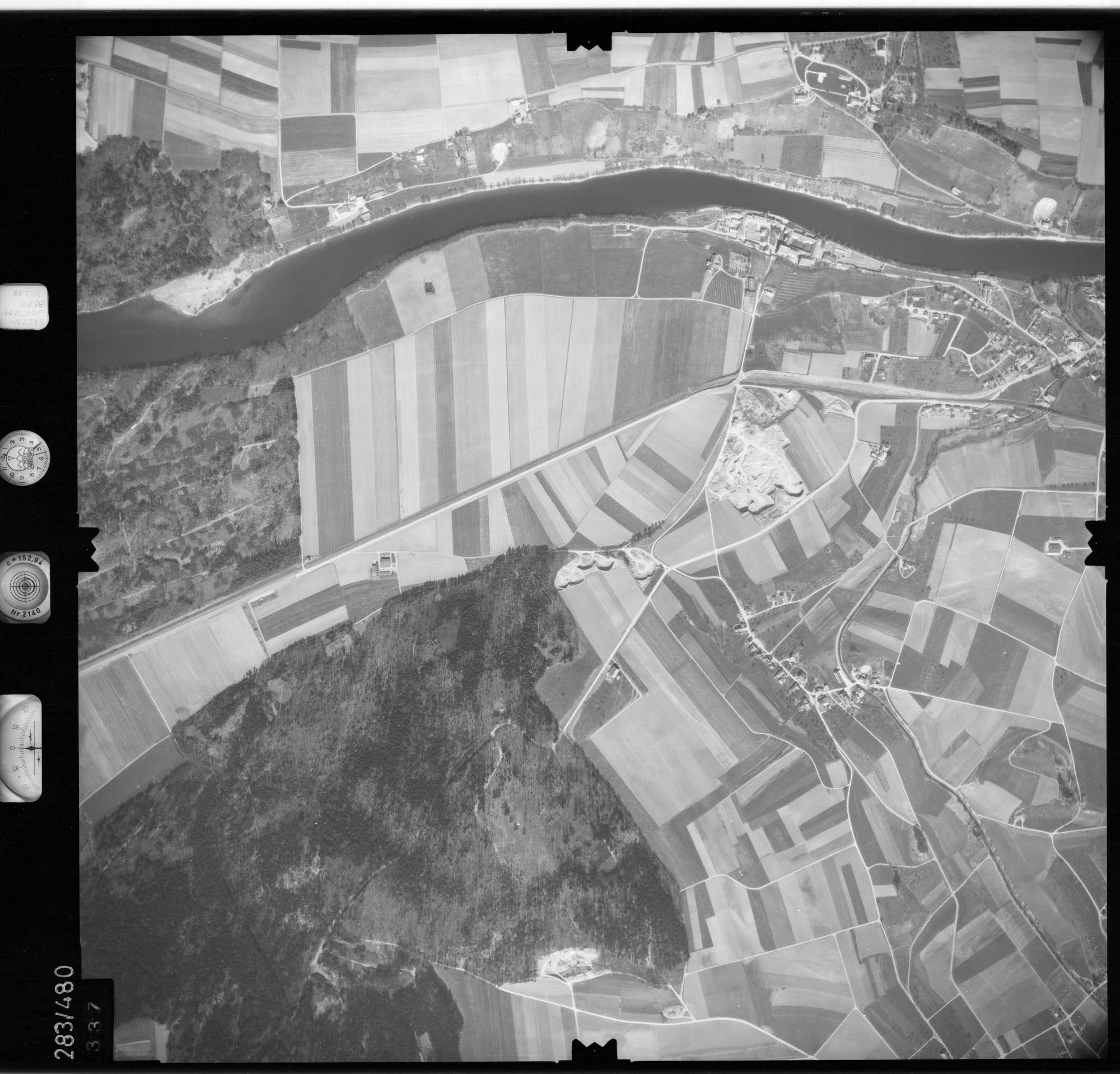 Luftbild: Film 79 Bildnr. 337, Bild 1