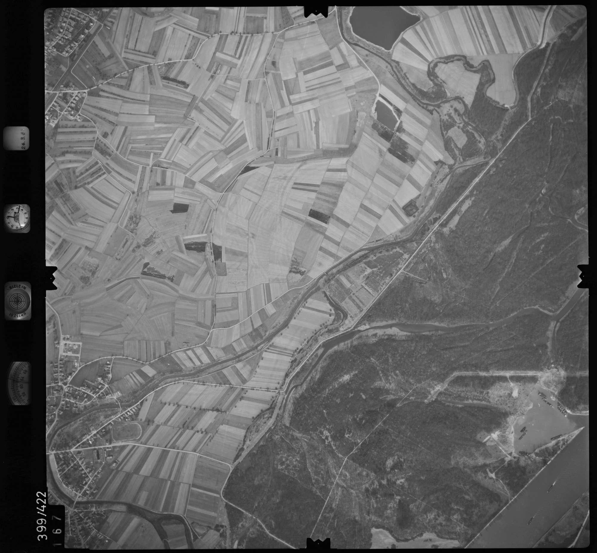 Luftbild: Film 8 Bildnr. 167, Bild 1