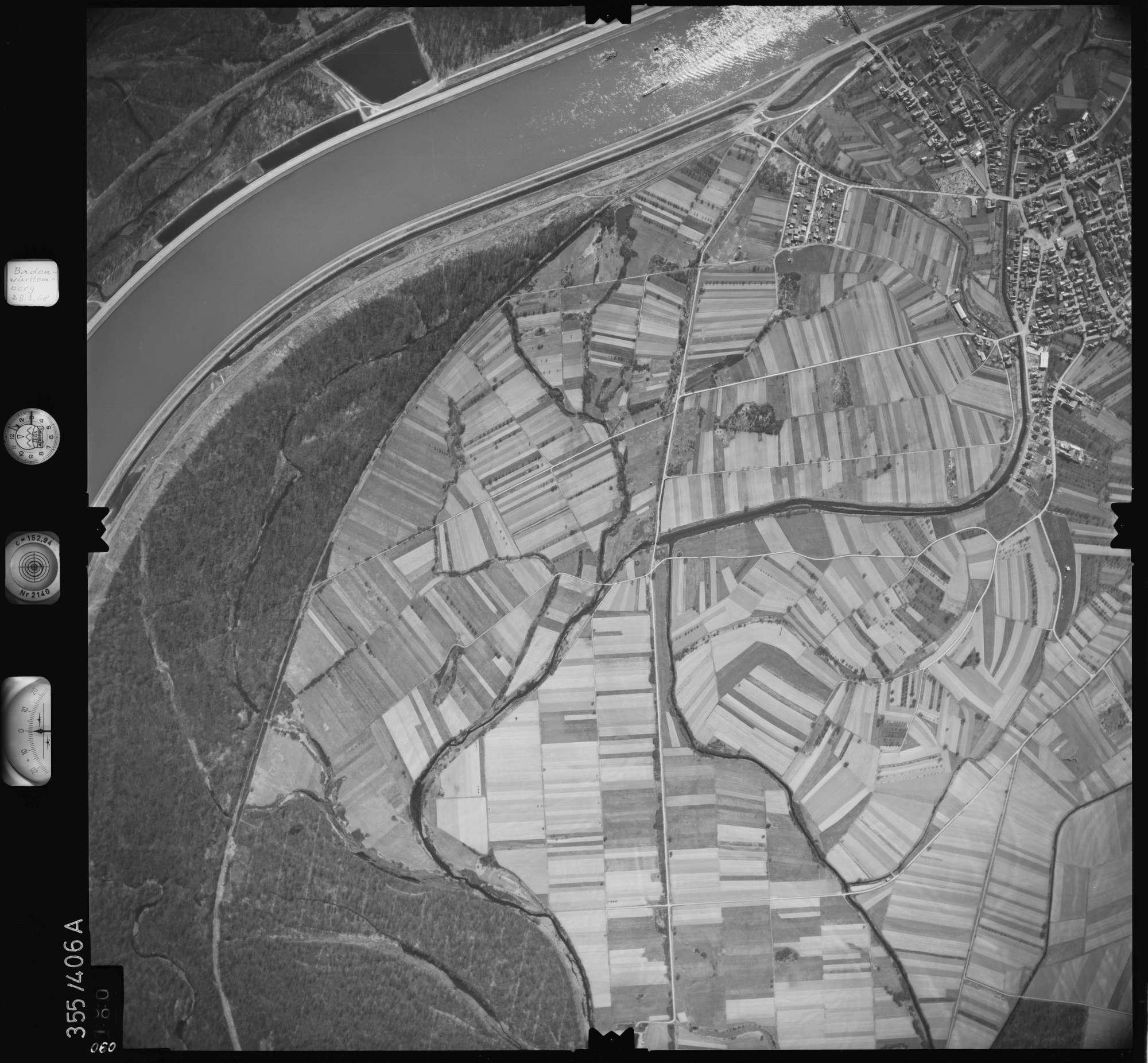 Luftbild: Film 36 Bildnr. 90, Bild 1